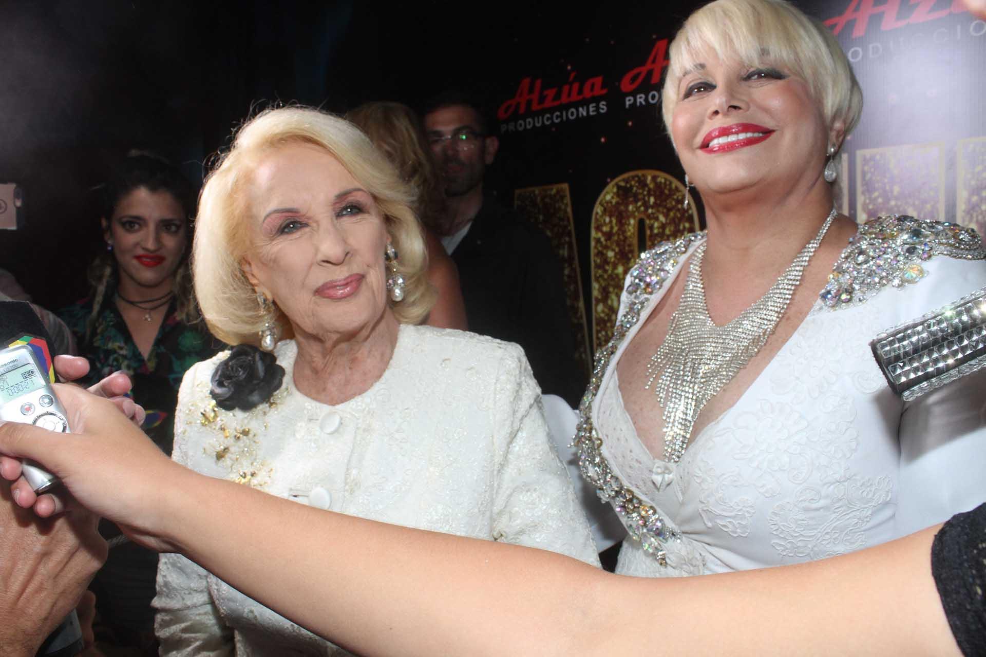"""Mirtha Legrand fue a ver """"Magnífica"""", la revista de Carmen Barbieri en Mar del Plata (Eduardo Aguada)"""