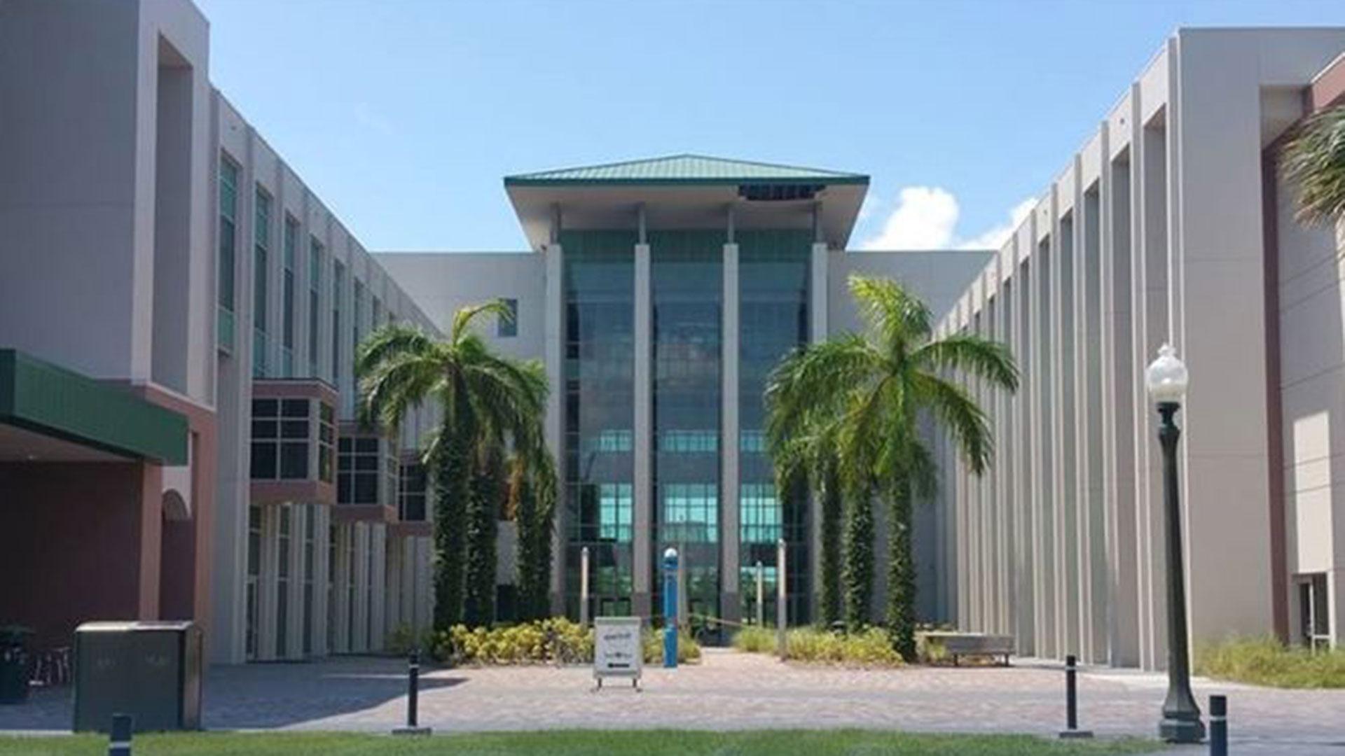 El curso se desarrollará hasta el 26 de abril en la sede de la universidad pública de Fort Myers (suroeste de Florida)