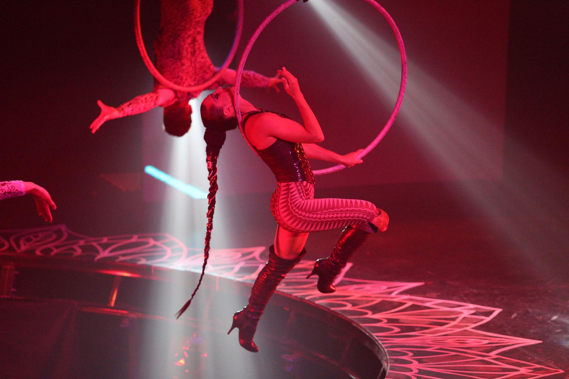 El show de acrobacia de Mahatma