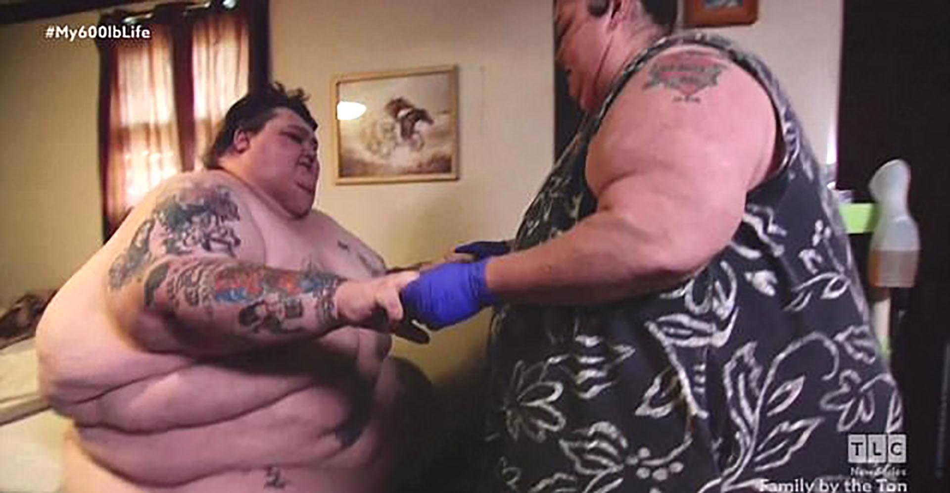 Lee y Rena no podían hacer nada solos por su obesidad