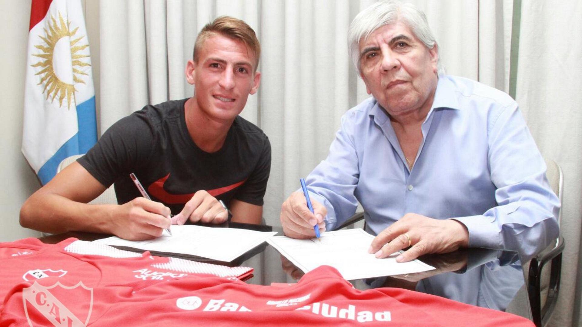 Romero firmó por cuatro años y medio (Independiente oficial)