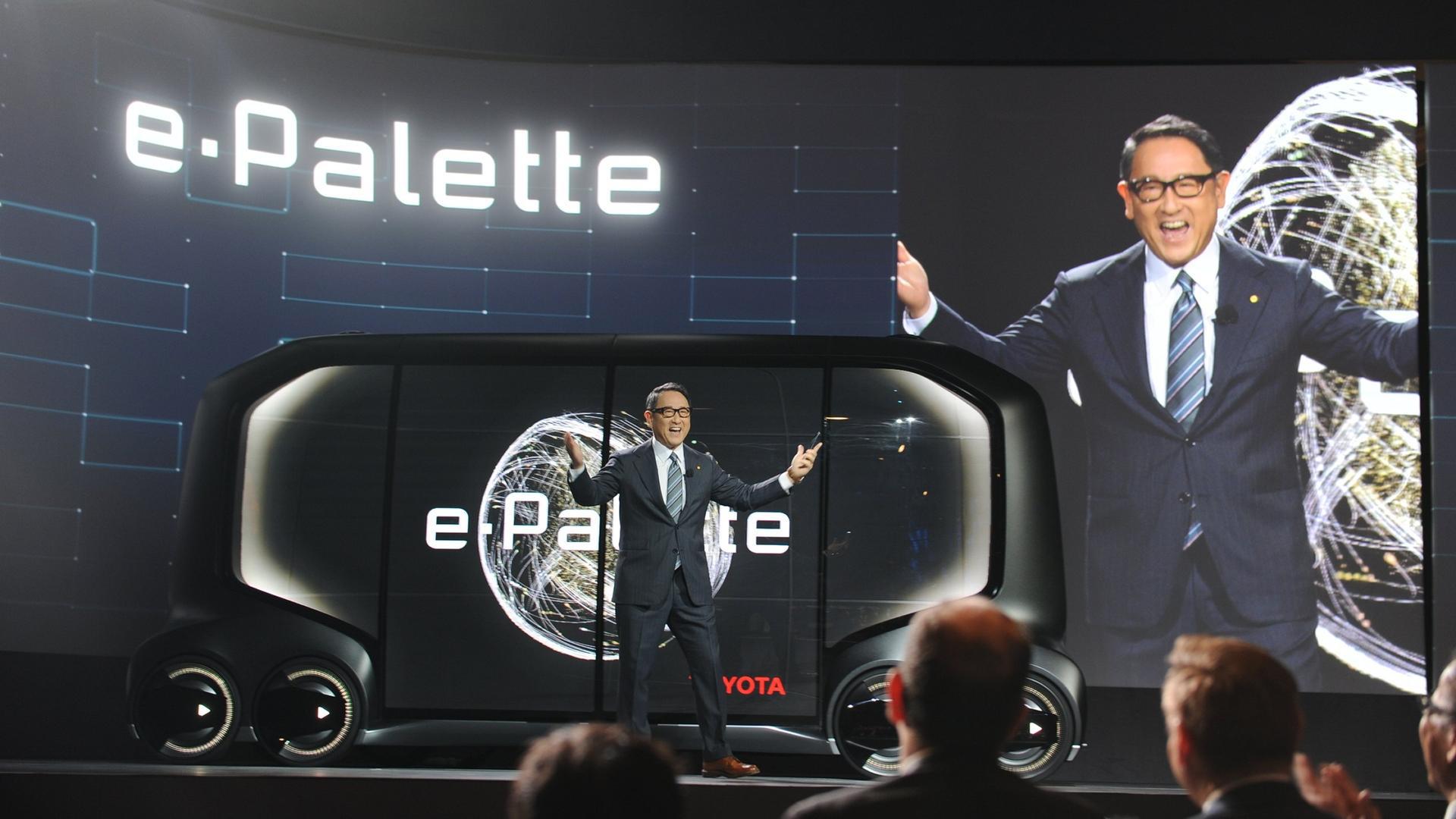 Akio Toyoda, presidente de Toyota Motor Corporation, en la presentación del e-Palette, unas de las invenciones más rupturistas del CES