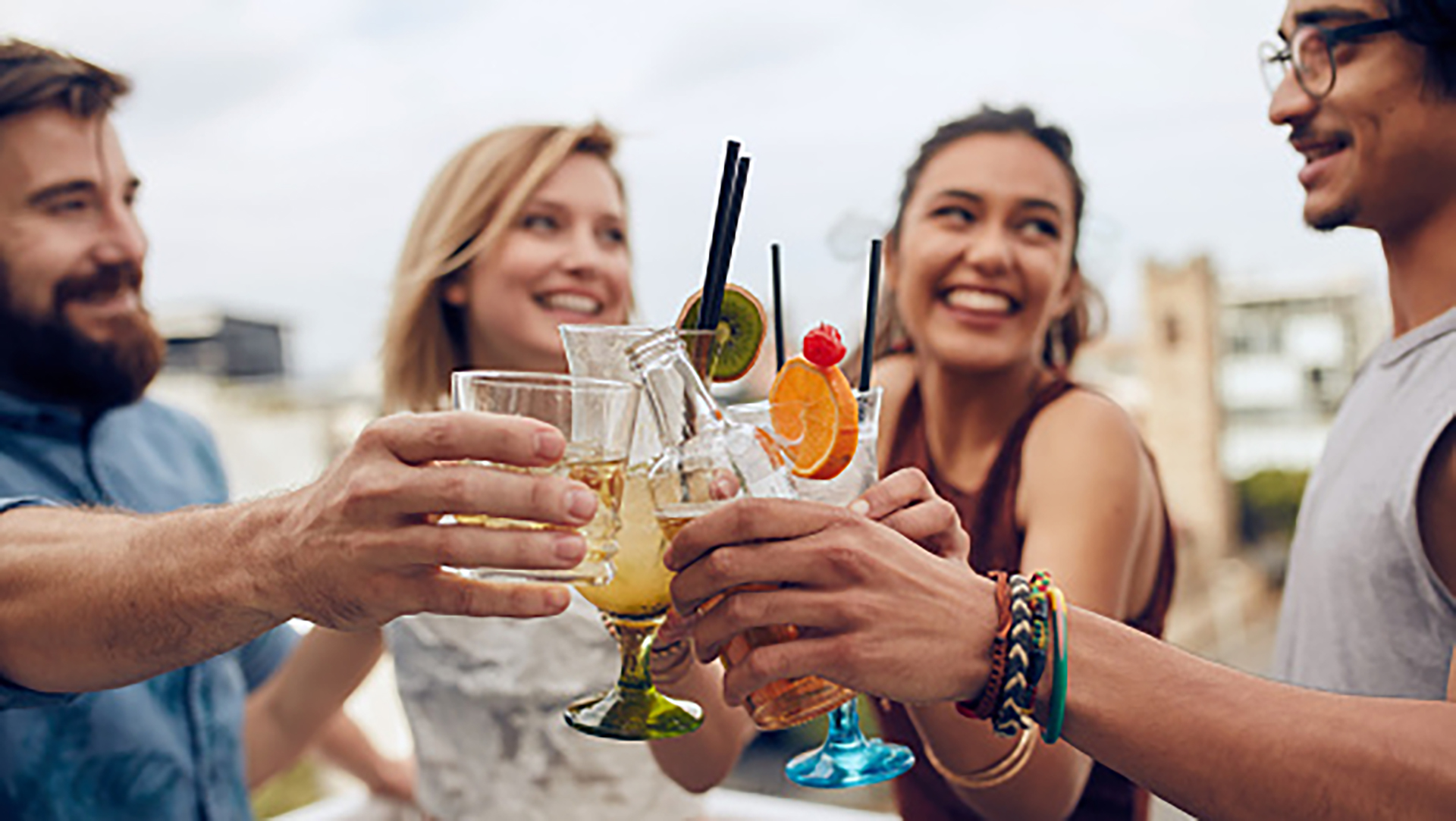 Los after beach son algunas de las alternativas más divertidas para disfrutar de deliciosos drinks (Getty Images)