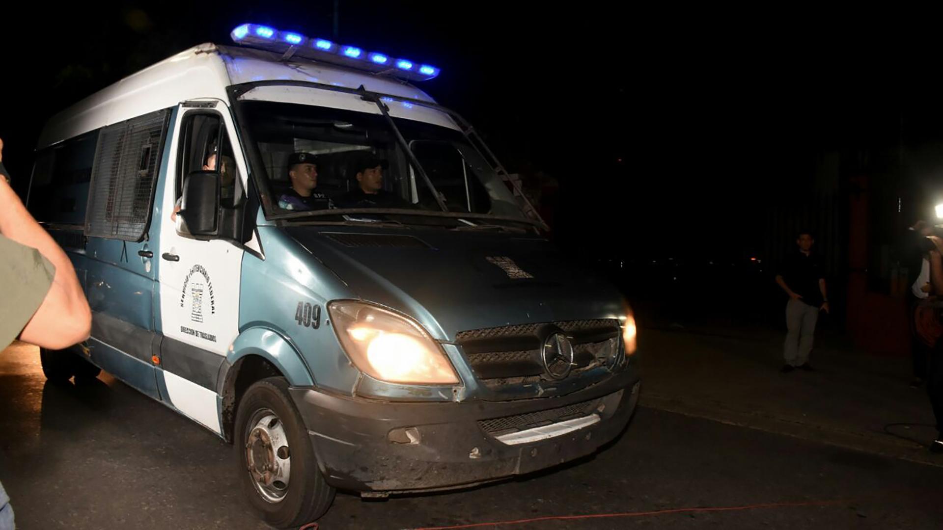 Boudou fue trasladado desdeel penal de Ezeiza a la dependencia de la Policía Federal en Madariaga y General Paz (Nicolás Stulberg)