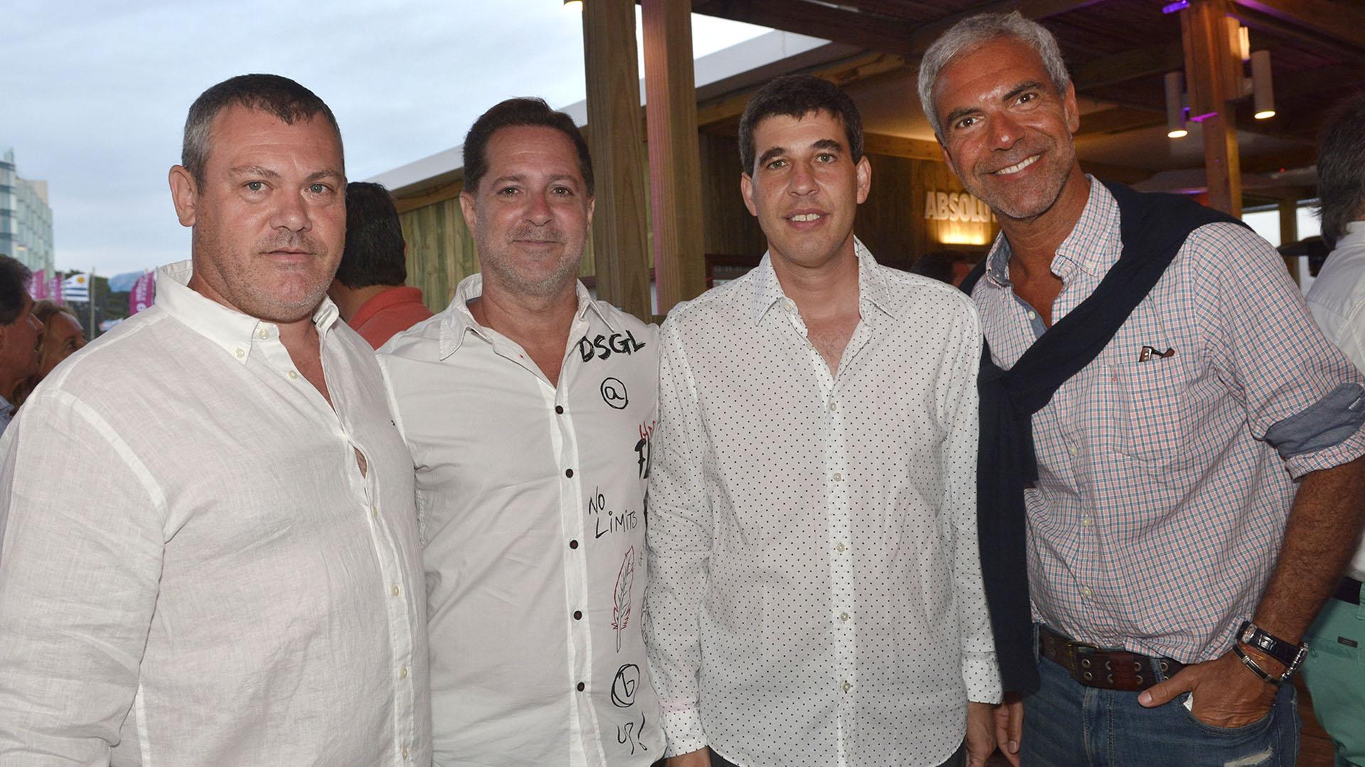 Osiris Trossero, Paul Kisner, Alejandro Simon (CEO de la Compañia) y Pablo Glaser.