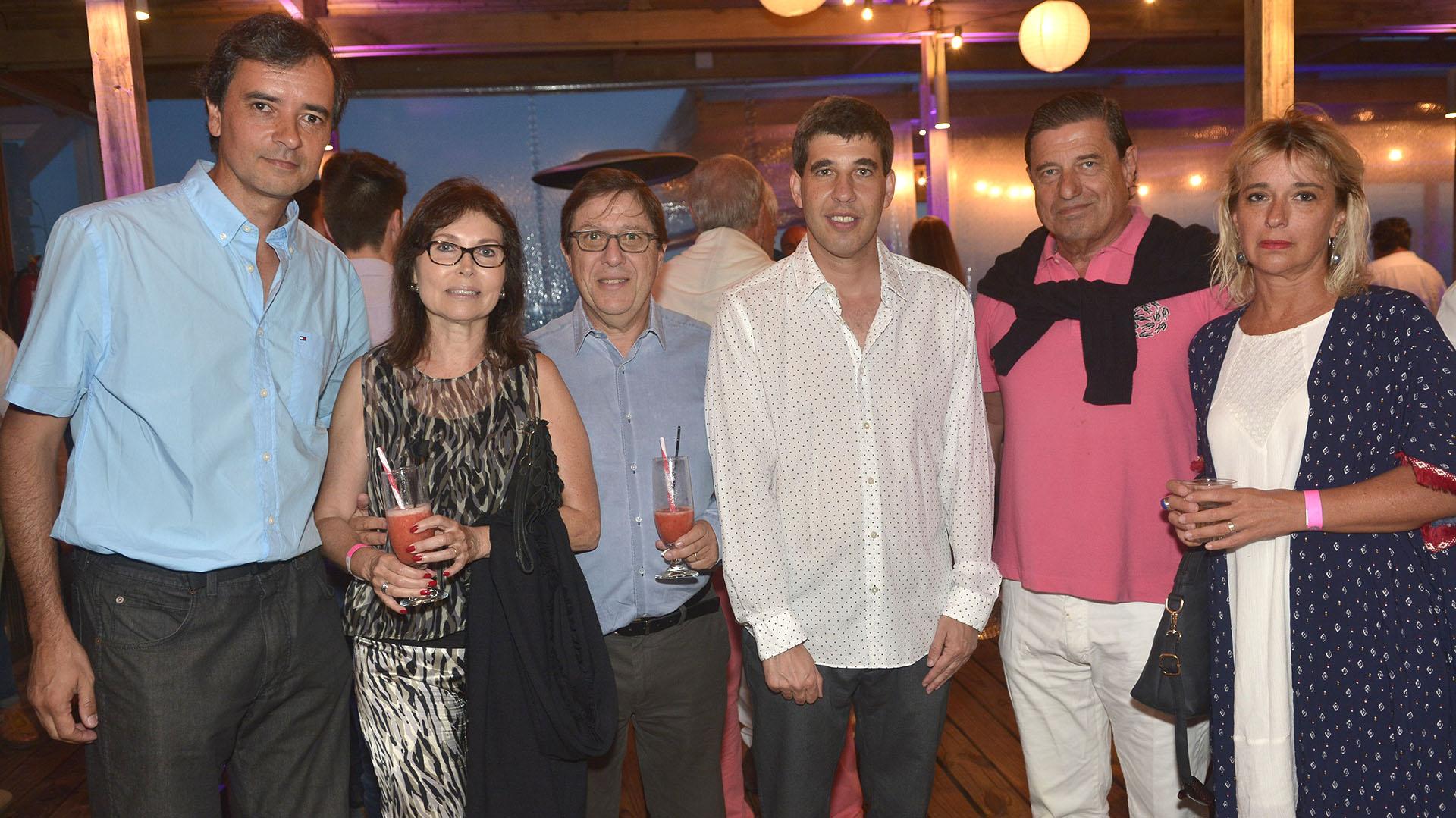 Carlos Casto, Miguel Kiguel y Sra, Alejandro Simon y Bernardo Berro y Sra.