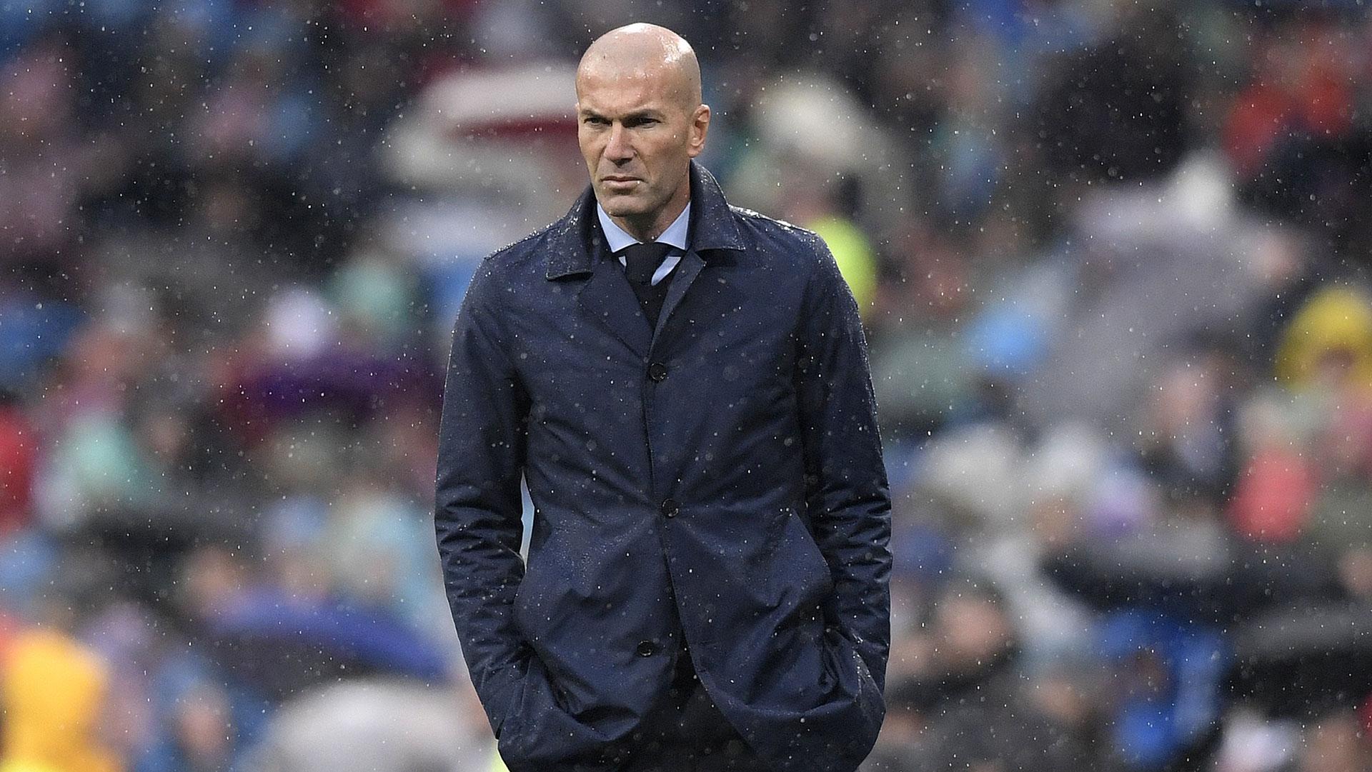 Zidane es resistido por la dirigencia y por la afición del Real Madrid