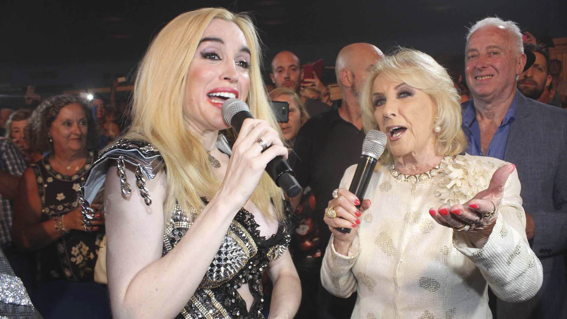 Fátima Florez junto a Mirtha Legrand (Fotos Teleshow/GM Press)