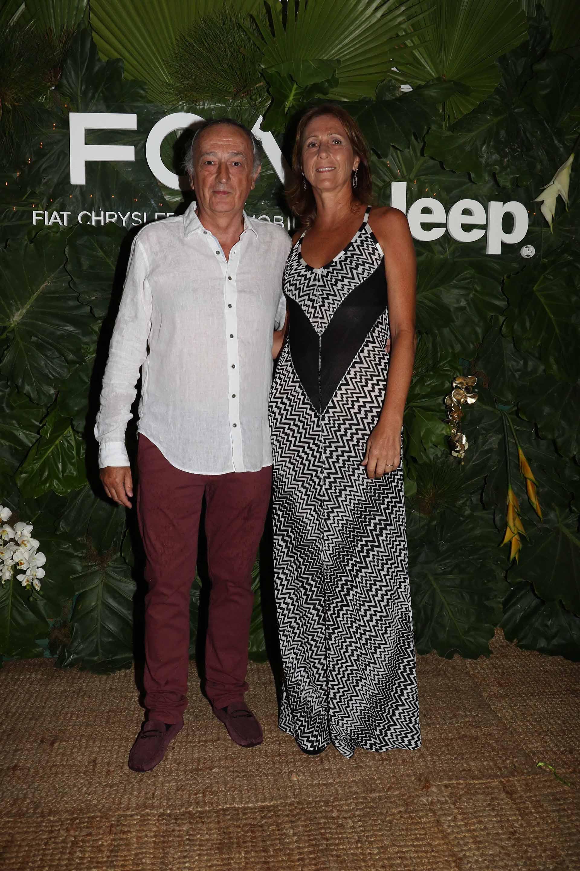 El presidente de la Unión Industrial Argentina, Miguel Acevedo, y su mujer