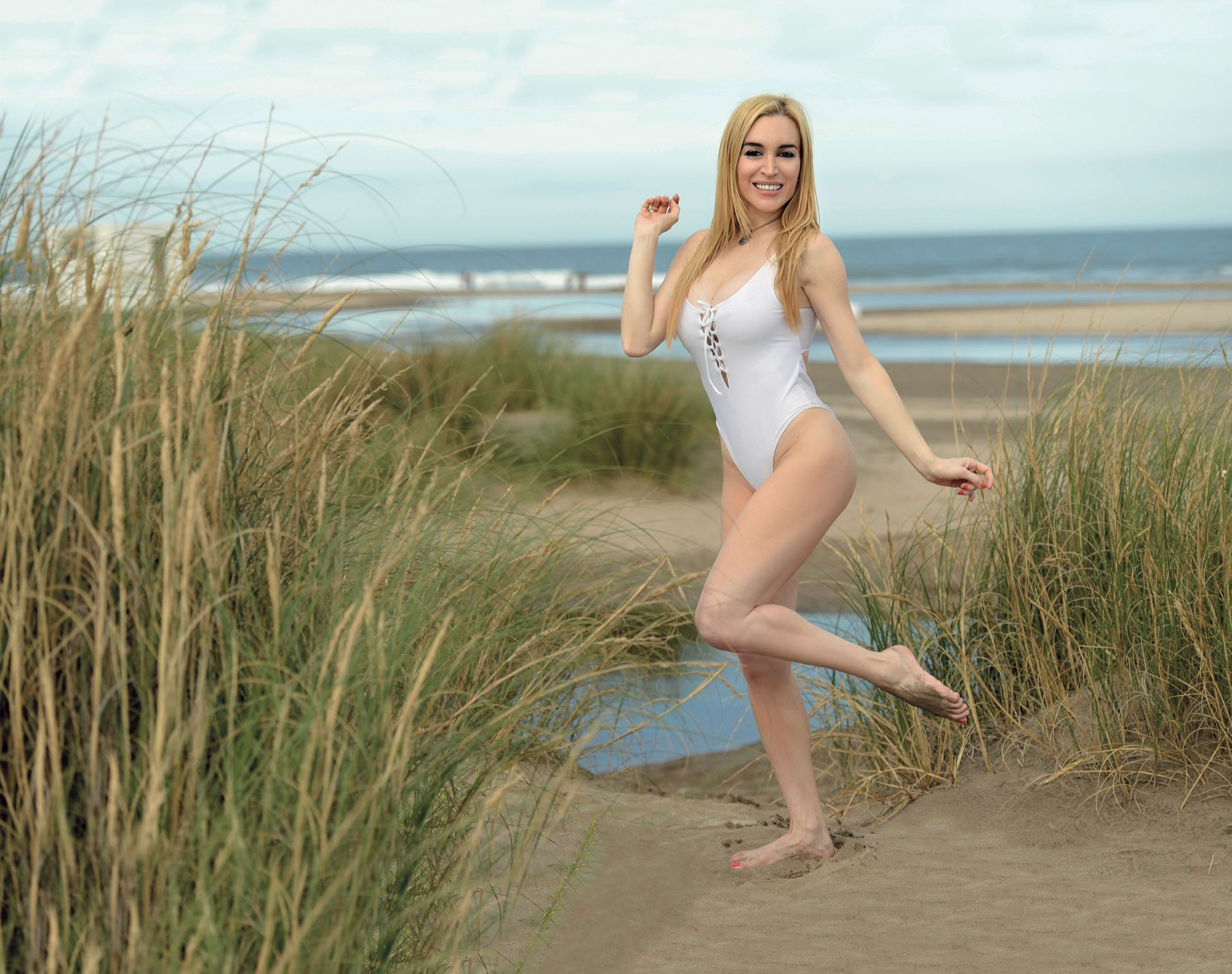 Ass Fatima Florez  naked (43 fotos), Facebook, braless