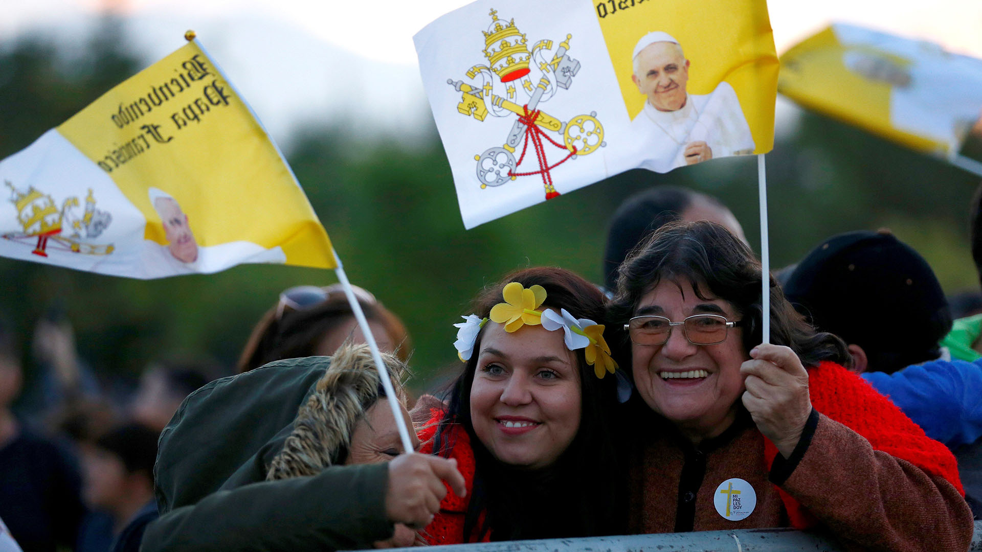 La gente en la misa del papa Francisco en Santiago (Reuters)