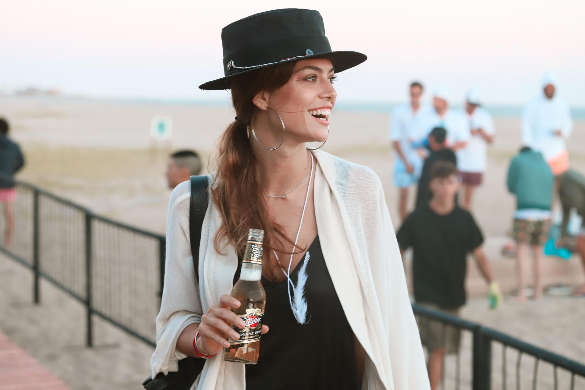 Durante la temporada, Miller también participó en varias fiestas y eventos privados en donde, los amigos de la marca, pudieron disfrutar de una buena cerveza junto a sus amistades en un círculo más íntimo. En la foto, la modelo Anita Sullivan