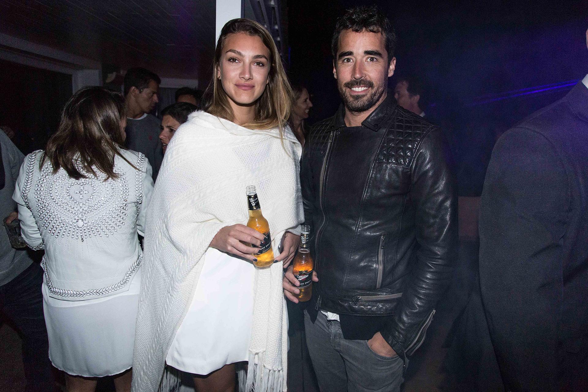 Nacho Viale y su novia, Lucía Pedraza.