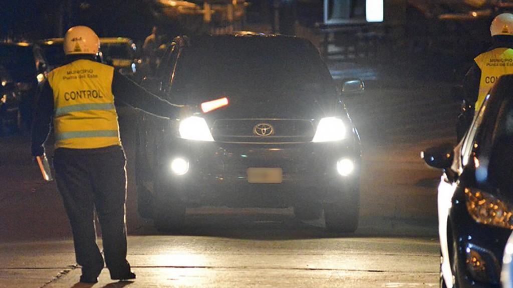 Durante la primera quincena de enero, se controlaron cerca de mil vehículos (Gentileza El Observador)
