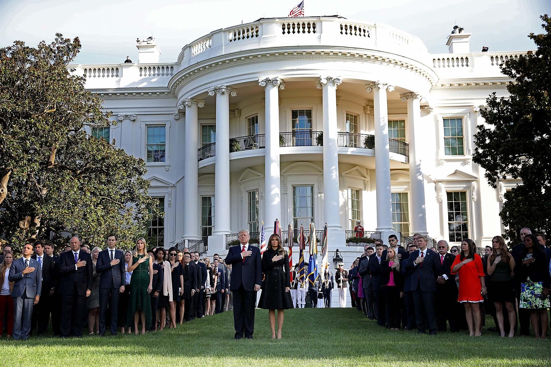 11/9/2017 Donald Trump y su esposa durante el homenaje en la Casa Blanca a las víctimas de los ataques terroristas del 11-S de 2001.