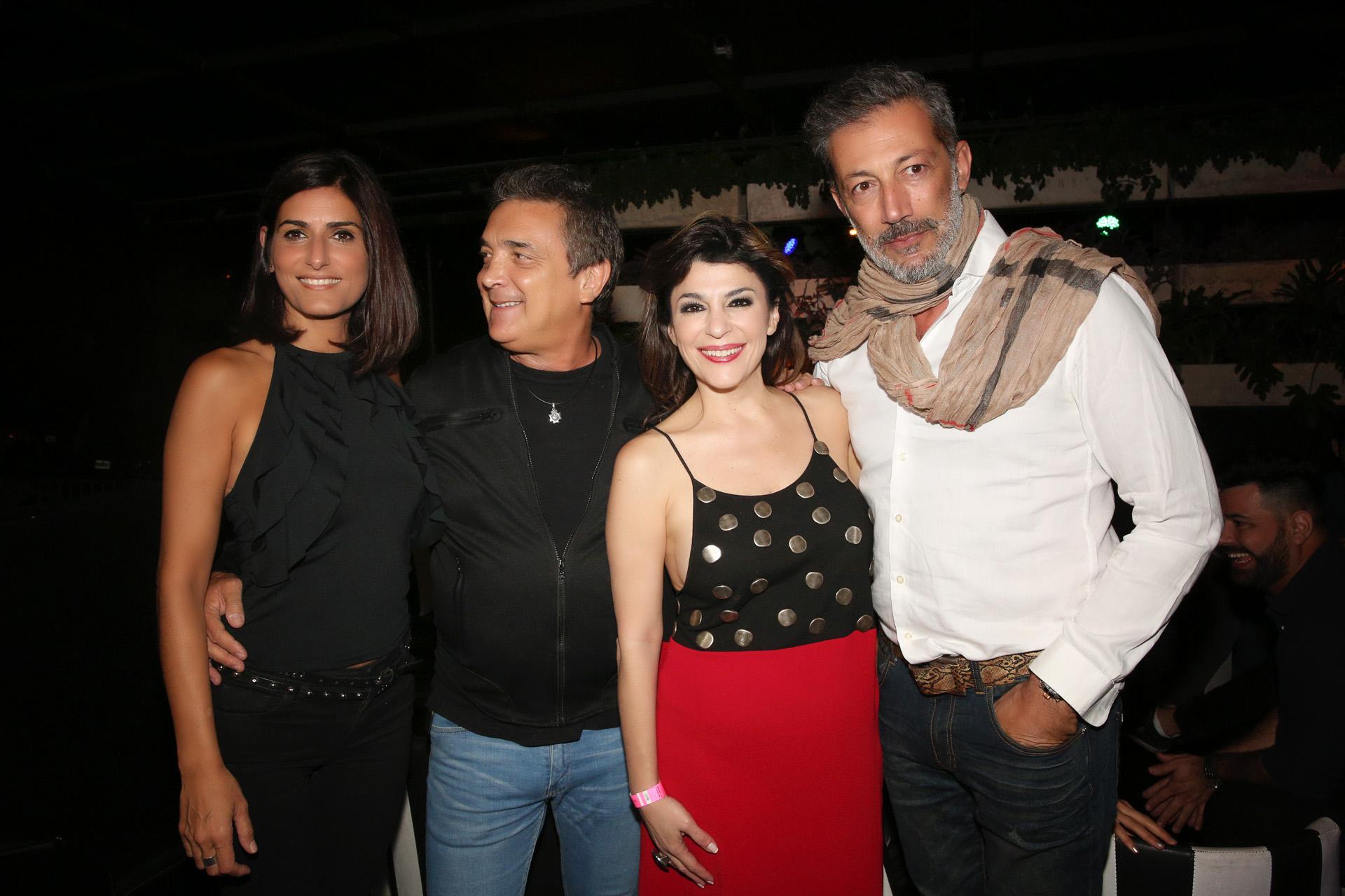 La cumpleañera, feliz con su pareja, Cecilia Milone y Nito Artaza