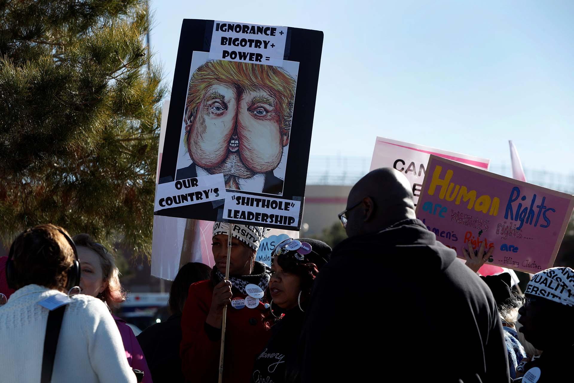 La Marcha de las Mujeres también se manifestó en contra de la administración Trump(Reuters)
