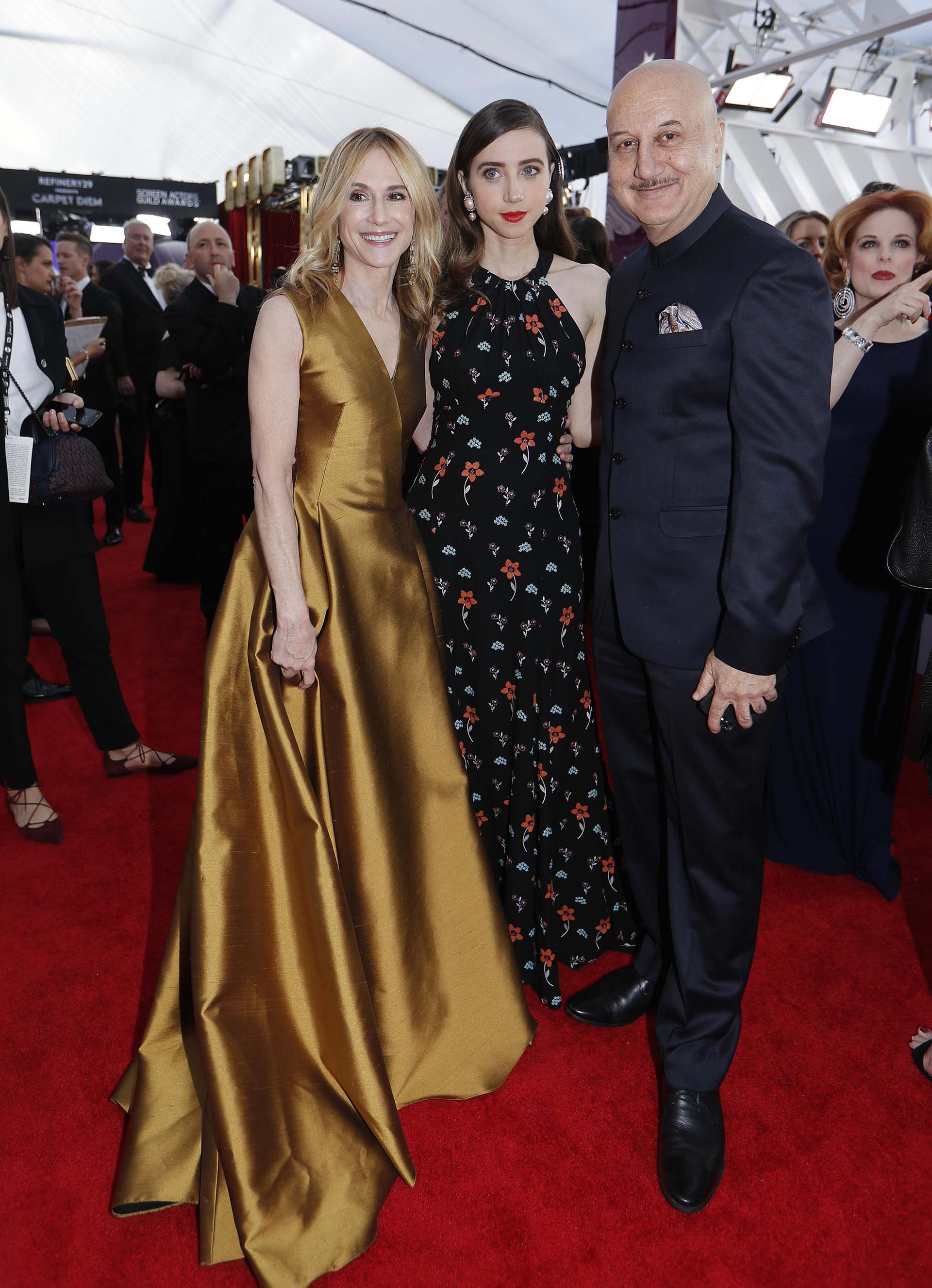Holly Hunter, Zoe Kazan y Anupam Kher (REUTERS/Mike Blake)