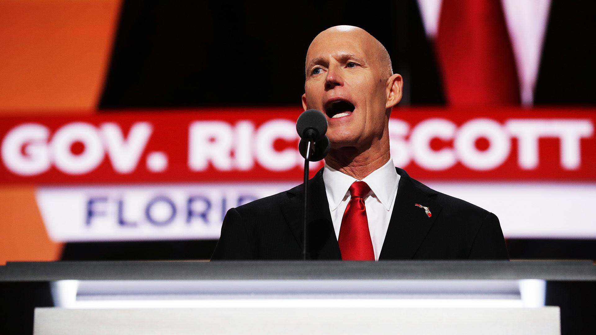 """Rick Scott ratificó su apoyo a medidas que sirvan para """"acabar"""" con el """"régimen"""" deMaduro en una reunión con miembros de la comunidad venezolana celebrada en Miami Lakes, Florida (Getty)"""