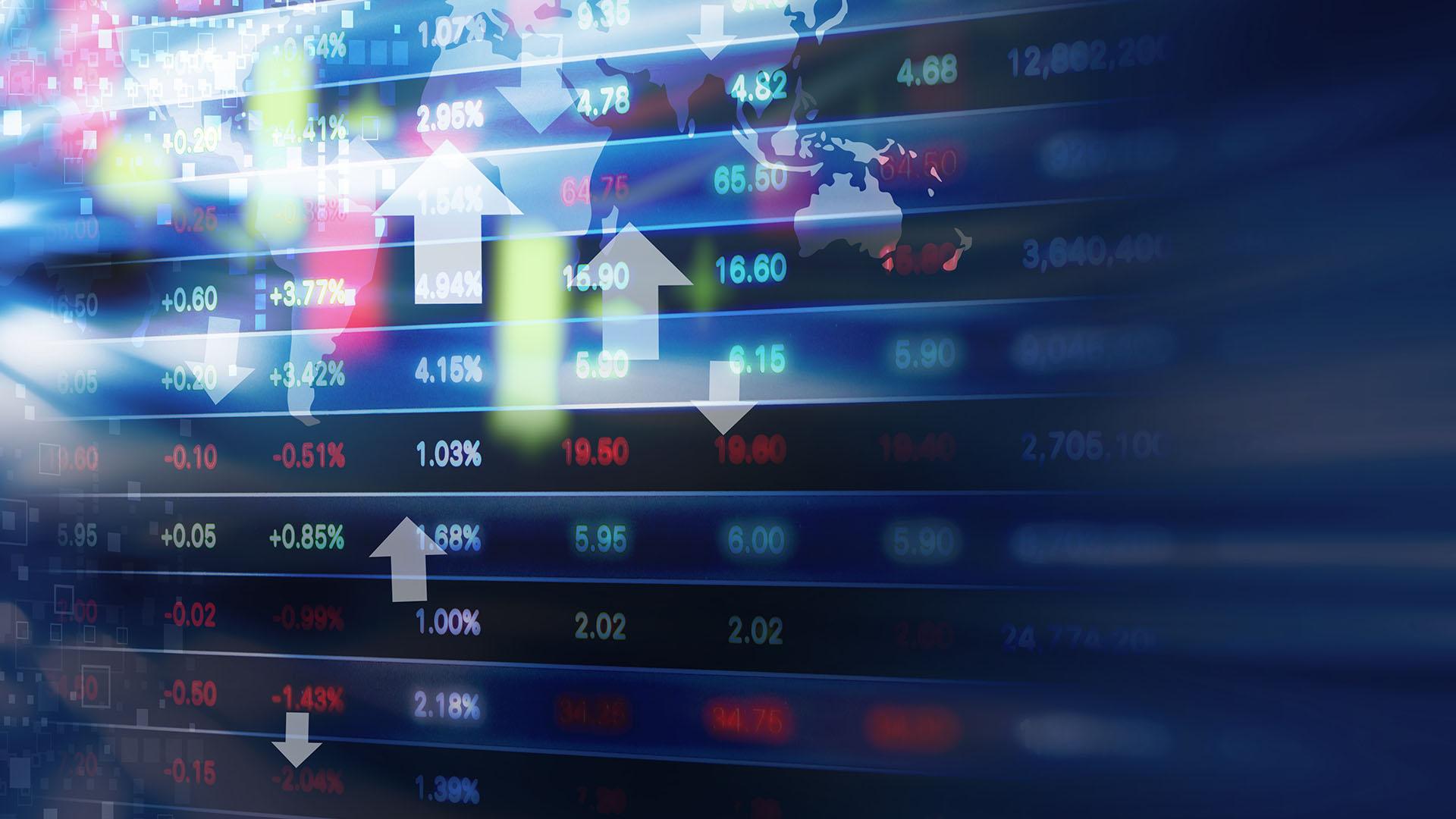 La economía estadounidense registró en el primer trimestre de 2018 un tasa anual de crecimiento del 2,3%, y en las últimas proyecciones del Fondo Monetario Internacional de abril, se situó la expansión estimada para este año en el 2,9%, la más alta de las economías avanzadas