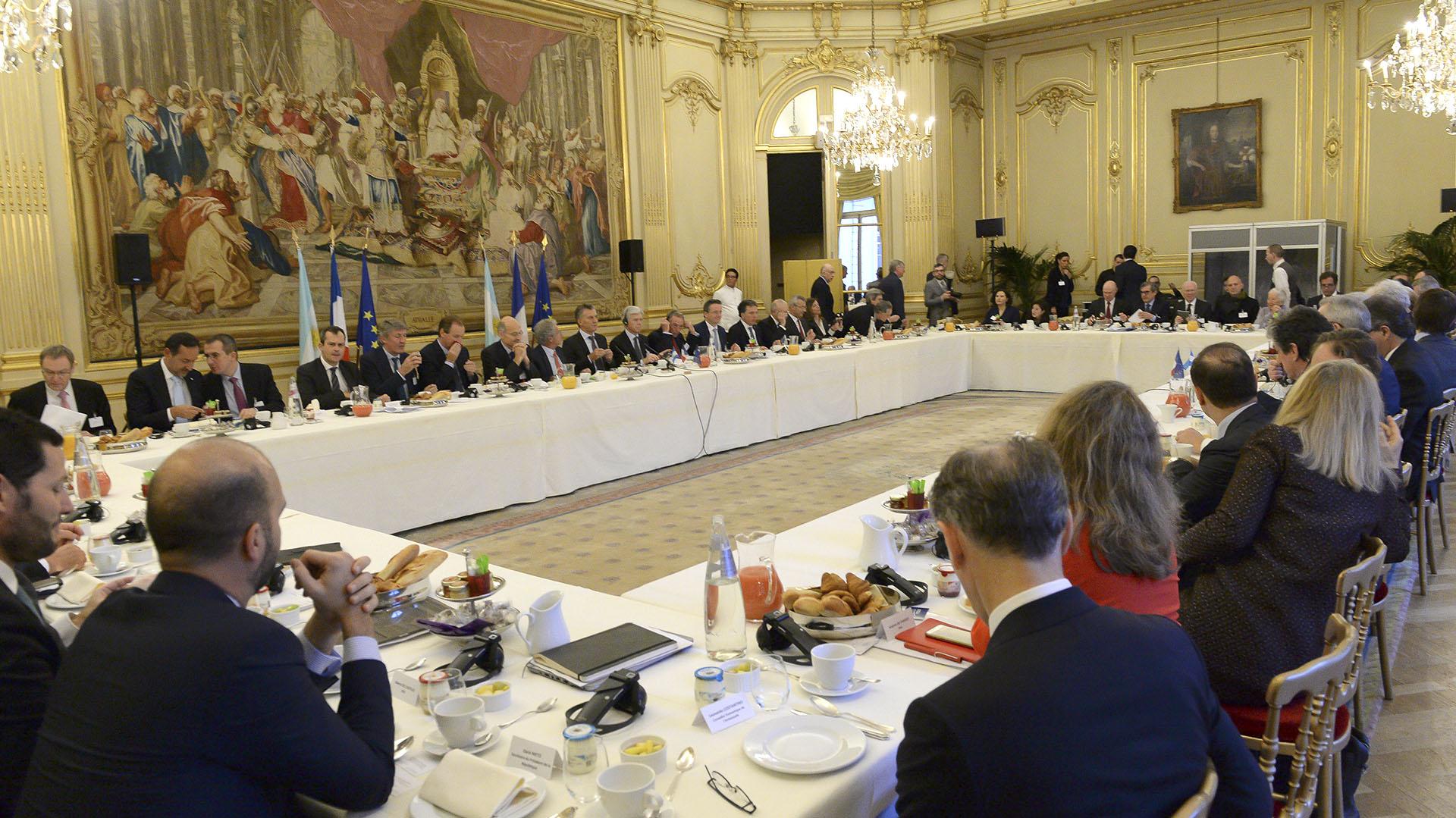Resultado de imagen para Macri en Paris se reunió con empresarios