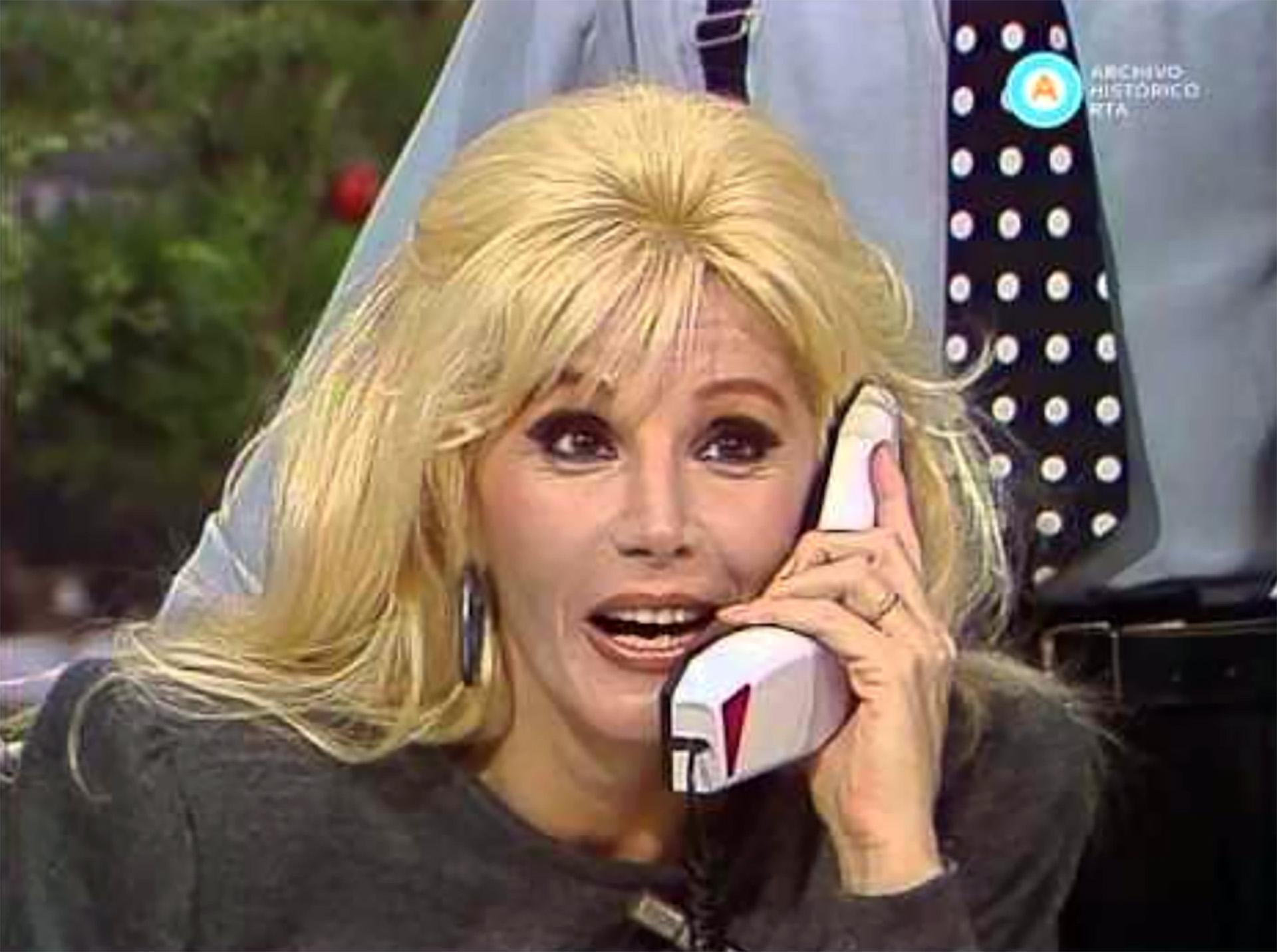 """En 1987, debutó como conductora con el ciclo """"Hola Susana"""" por Canal 7"""