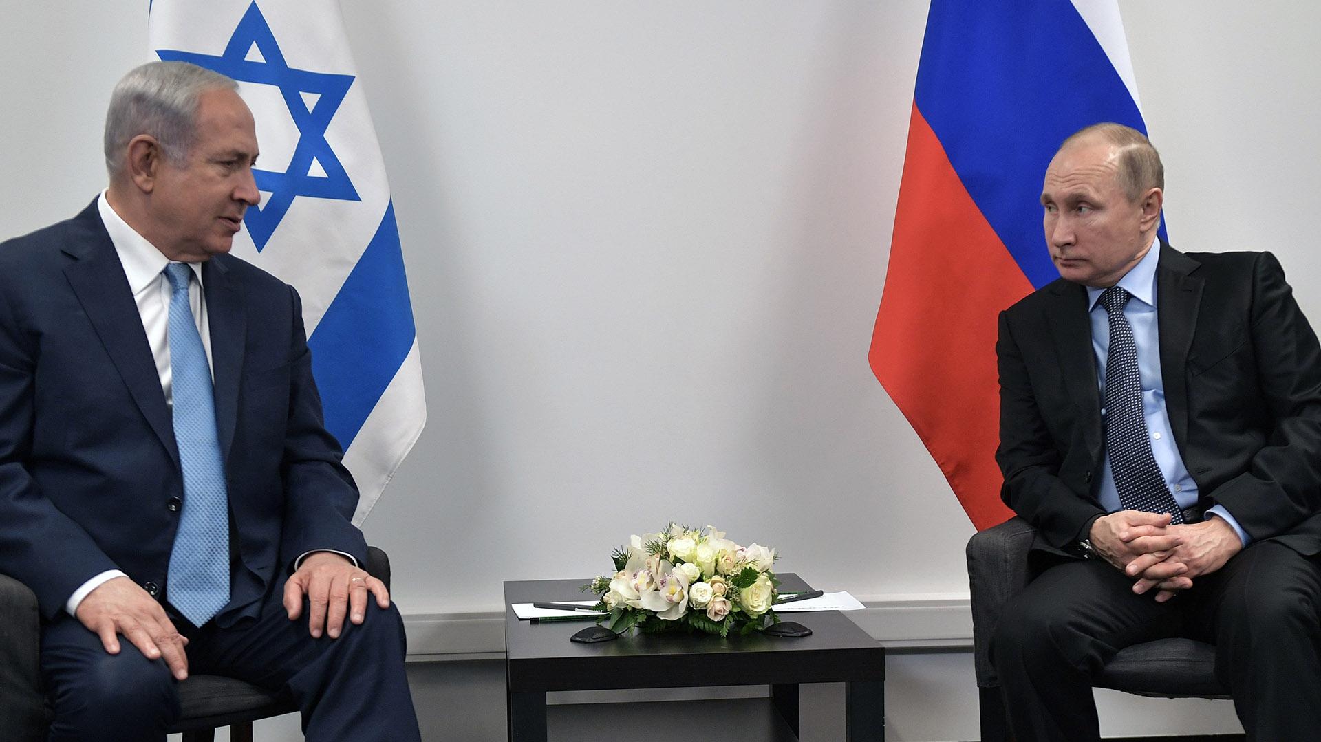 El primer ministro israelí Benjamin Netanyahu y el presidente ruso Vladimir Putin en Moscú (AFP)