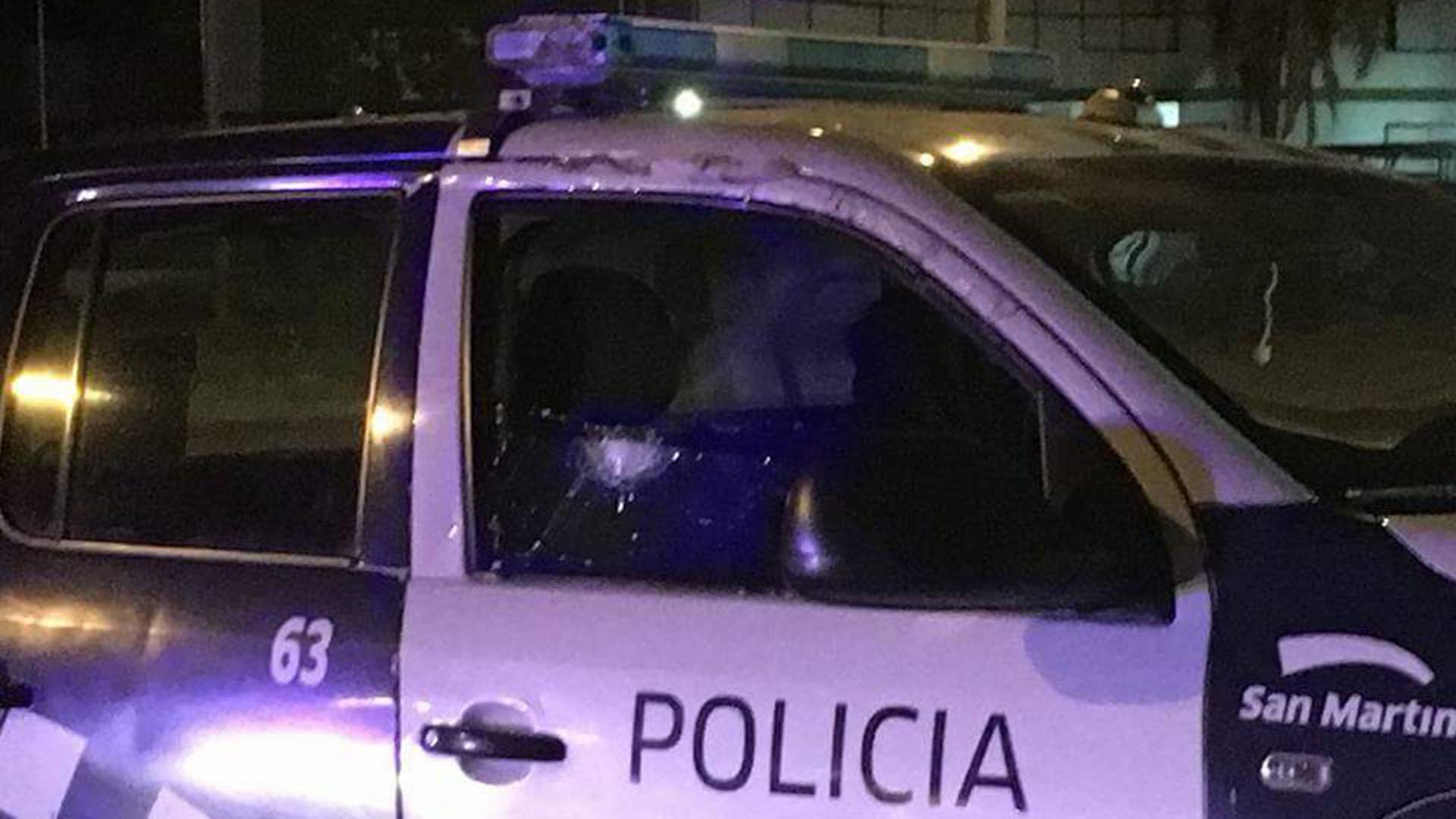 La camioneta que conducía Porres, tras el ataque (@Argengchogau)