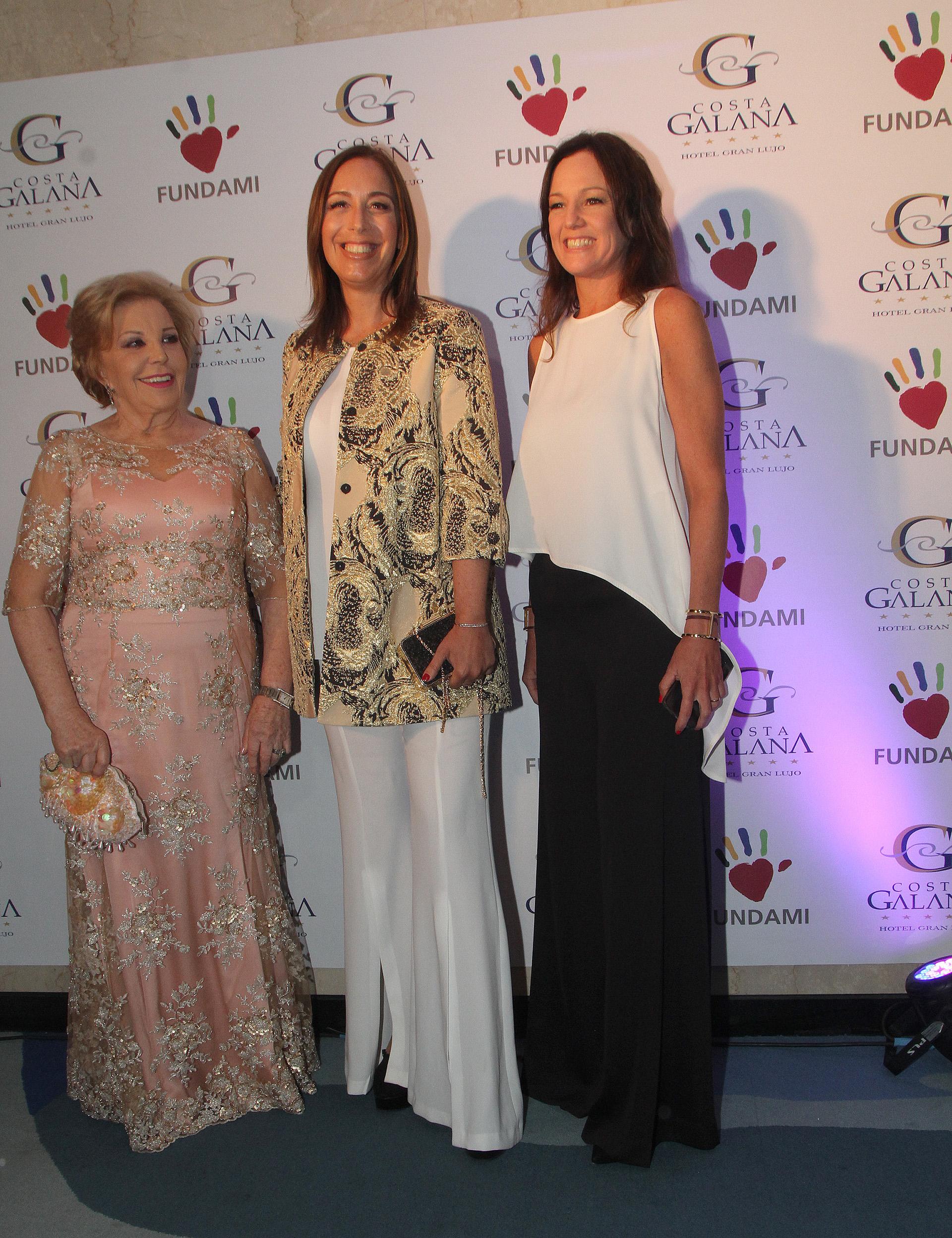 María del Carmen Álvarez Argüelles, María Eugenia Vidal y Carolina Stanley