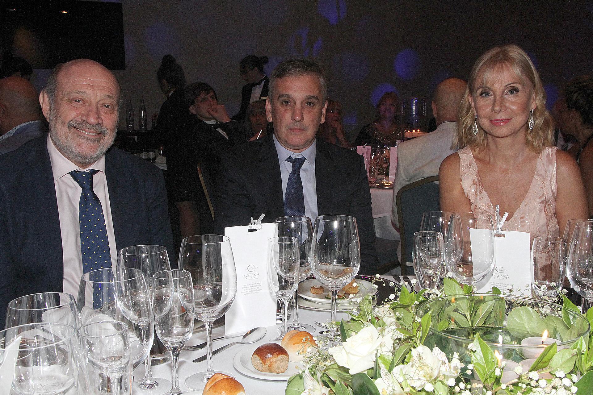 Alfredo Leuco, Marcelo González y María Victoria Alcaraz