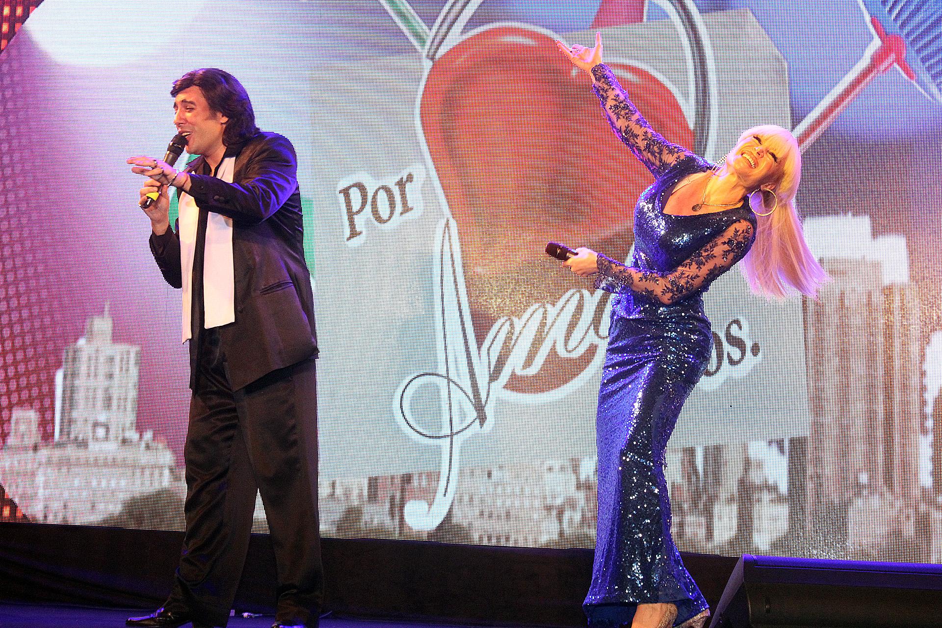 Fernando San Martín y Fátima Florez, en la piel de Cacho y Valeria Lynch