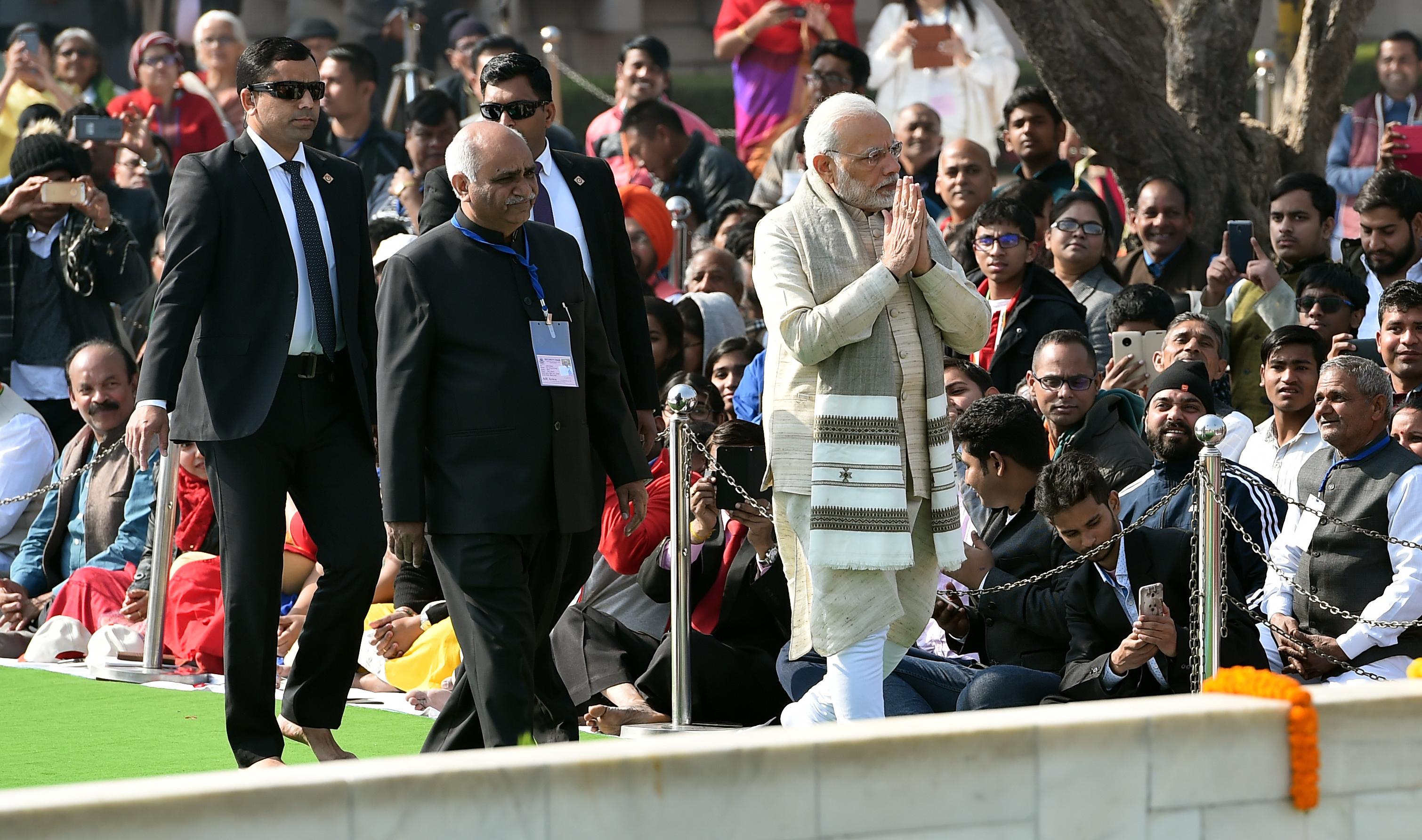 El primer ministro indio Narendra Modidurante el homenaje (AFP)