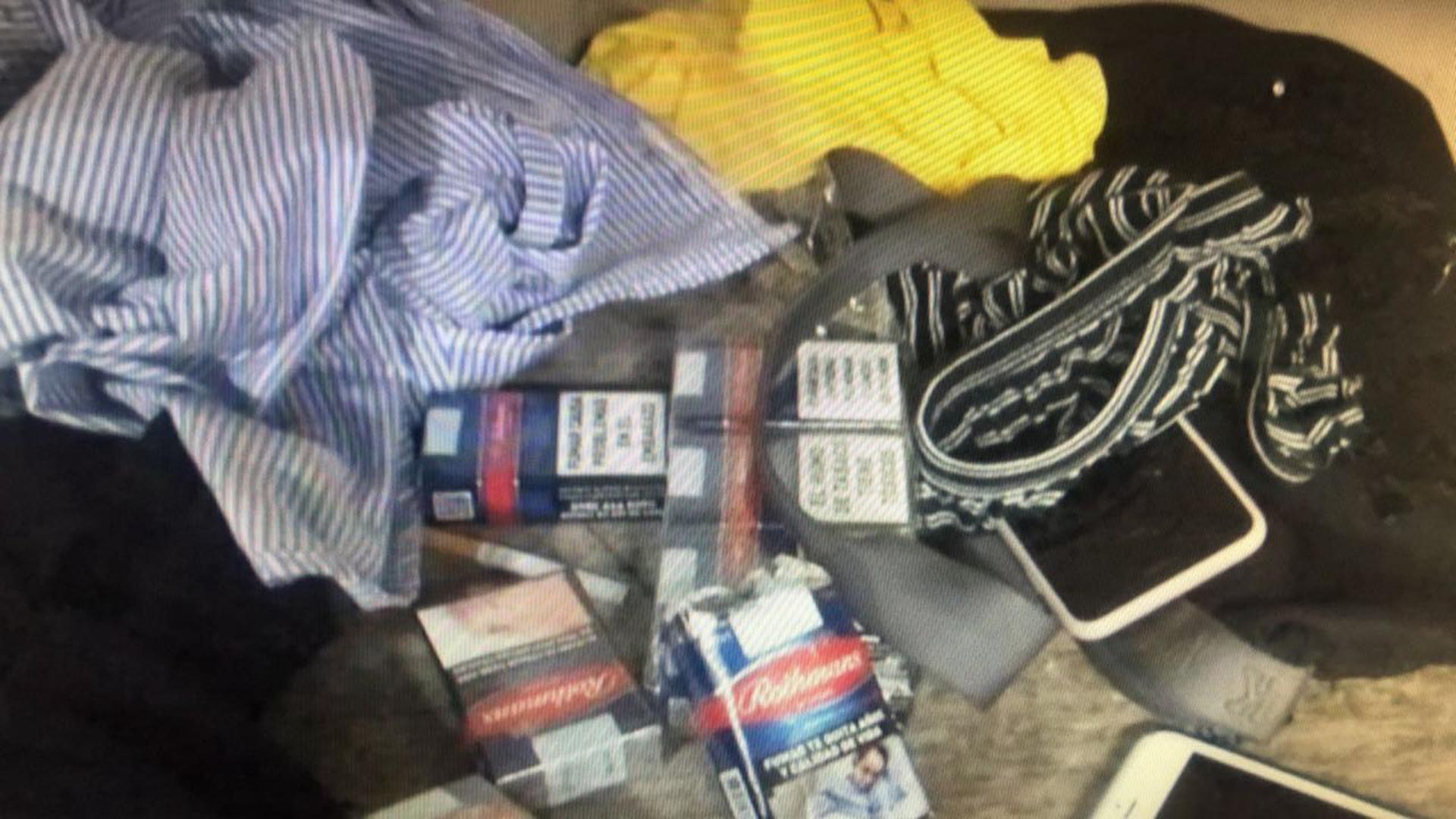 Entre el material robado había ropa, mallas, fundas de celulares y hasta cigarrillos (Telpin TV)