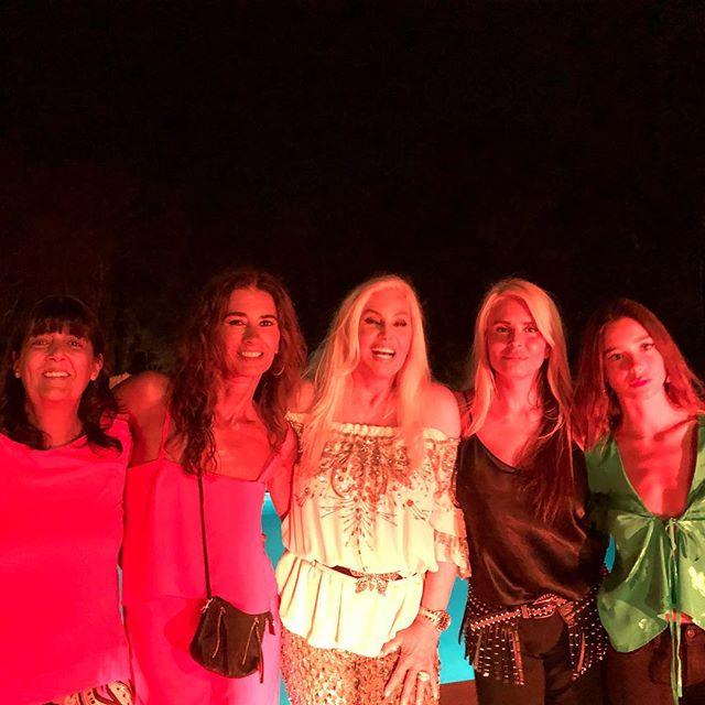 Inés Hernández, Marcela Amado, Susana, Mecha y Lucía. (Foto Instagram)