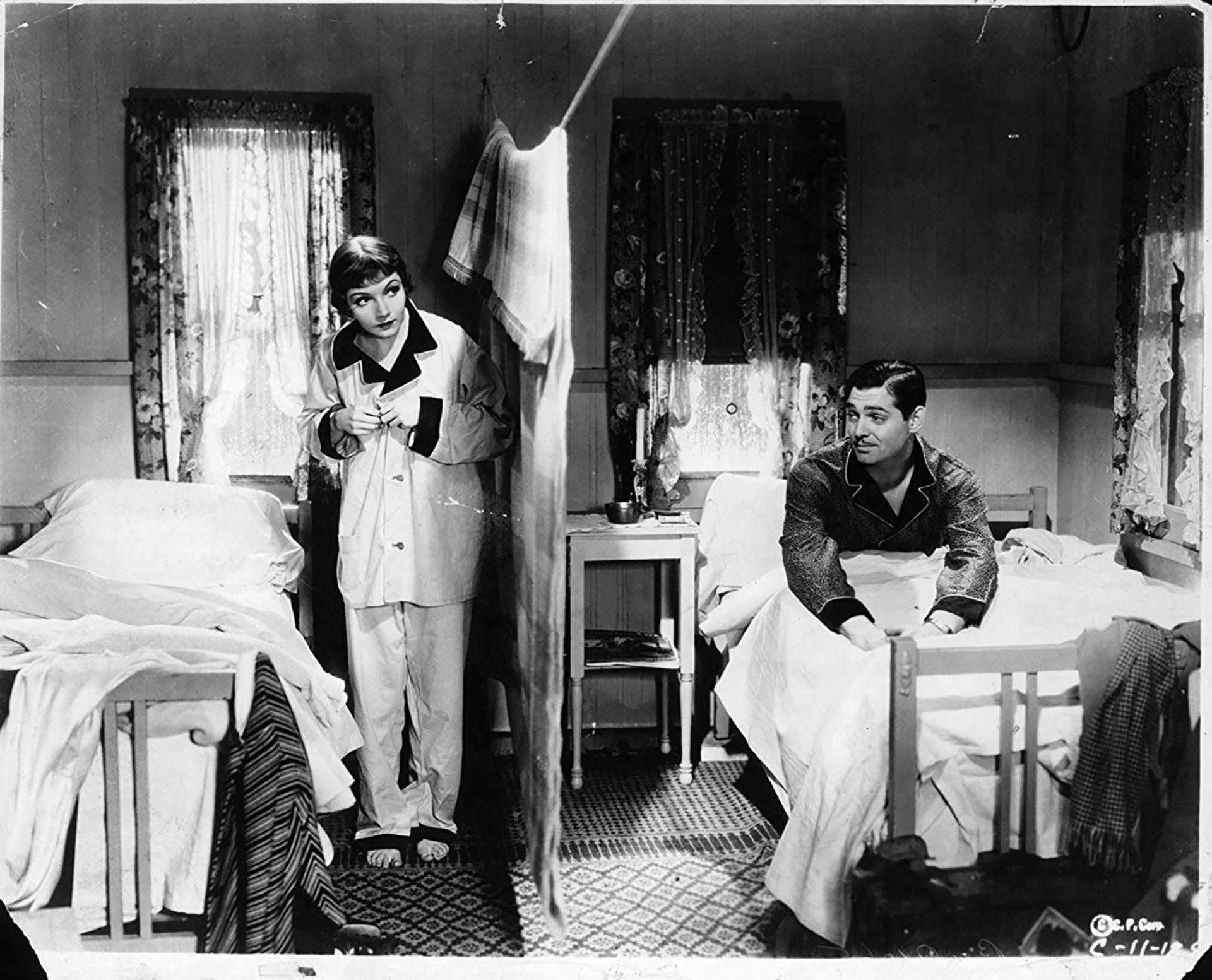 """Clark Gable y Claudette Colbert en """"Sucedió una noche"""", de Frank Capra"""