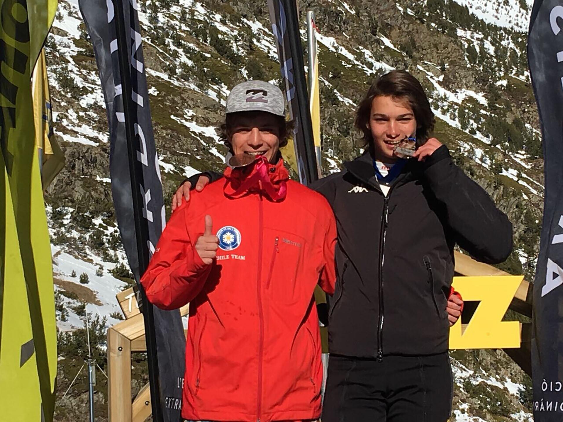 Con este triunfo, Tiziano se ubicó entre los mejores esquiadores del mundo en su categoria U16 en Borrufa