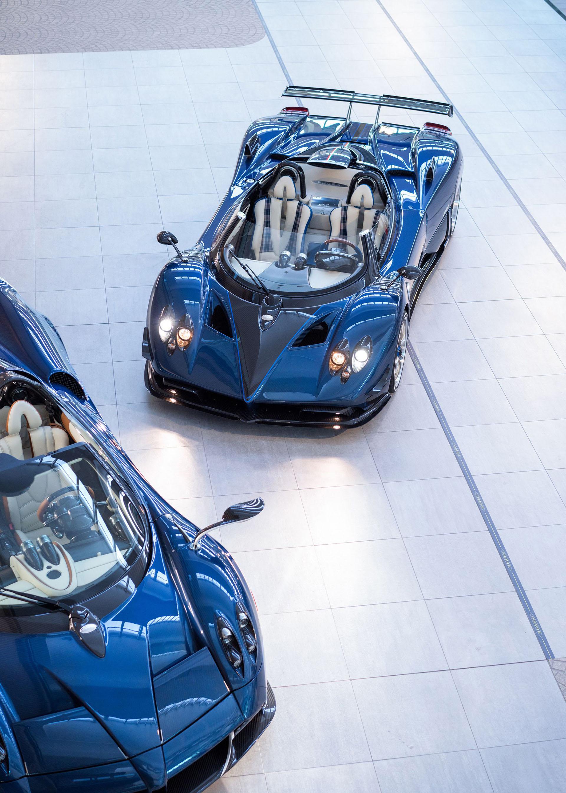 La producción es exclusiva: se desarrollaron tres unidades del Pagani Zonda HP Barchetta y sólo dos fueron ofrecidas a un selecto público