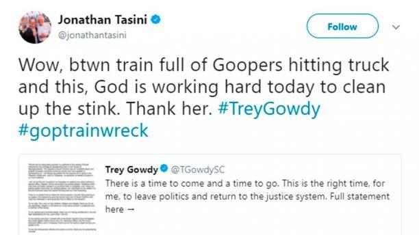 El tuit borrado por Jonathan Tasini