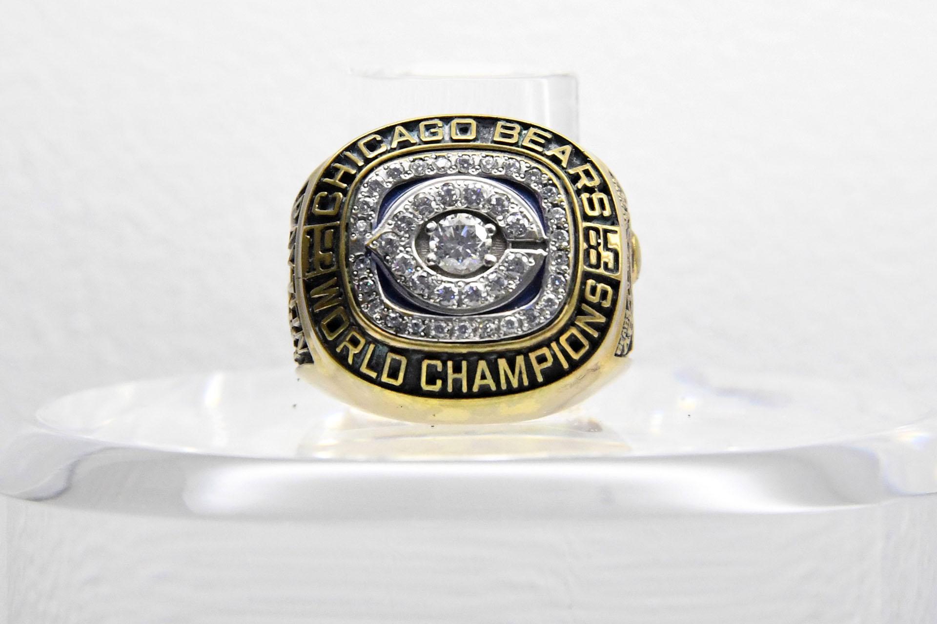 En el Super Bowl XX de 1986 el anillo fue para los Chicago Bears que vencieron 46 a 10 a los New England Patriotsen elSuperdome de New Orleans