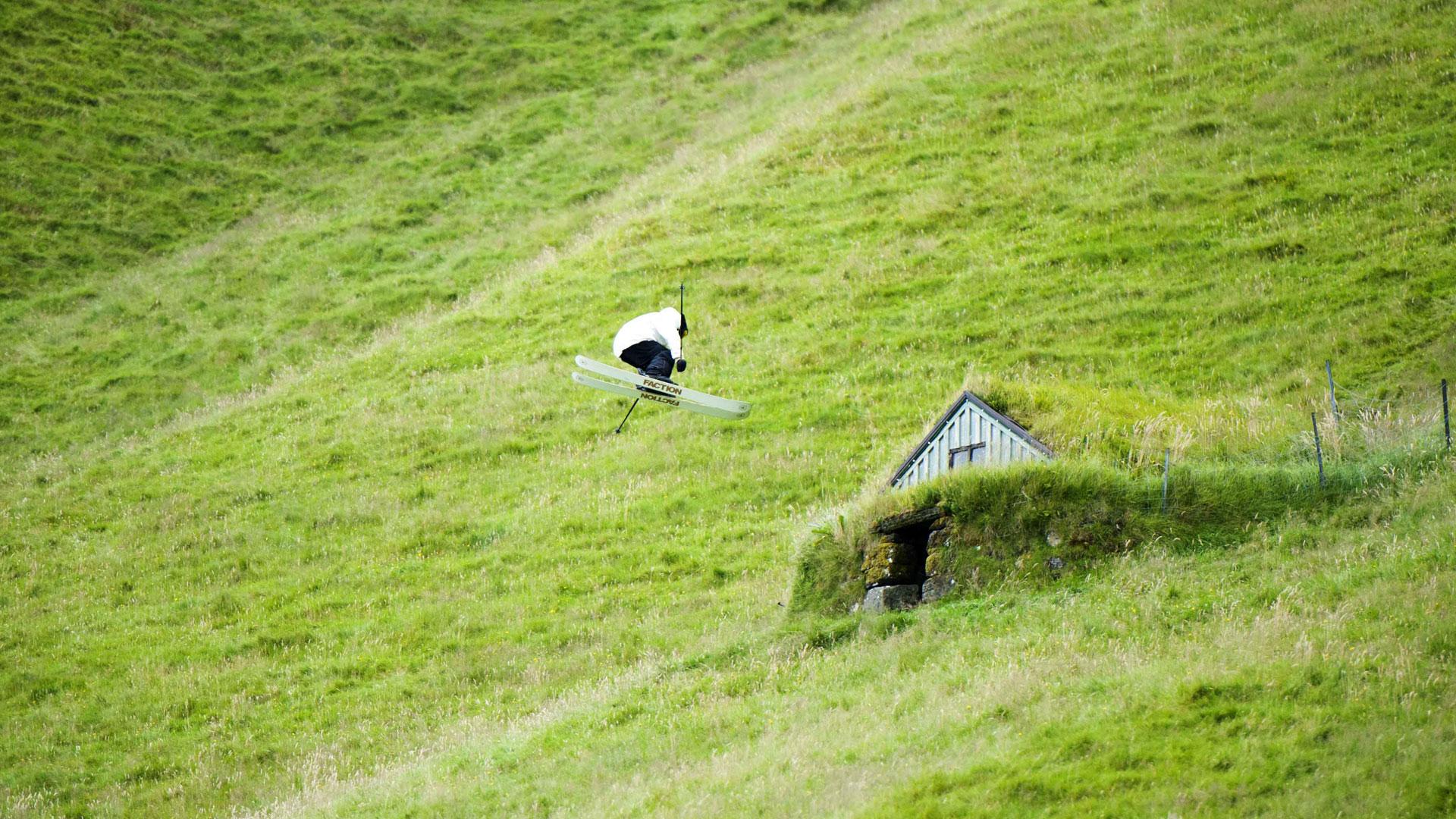 Un salto de 360° que hizo en el pasto de las montañas de Escandinavia.