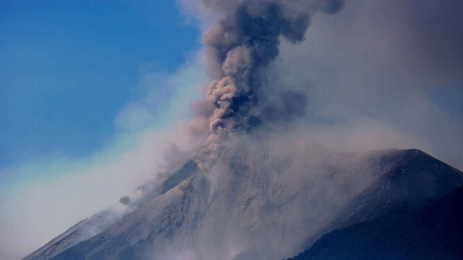 El volcán del Fuego entró en erupción en Guatemala (EFE)