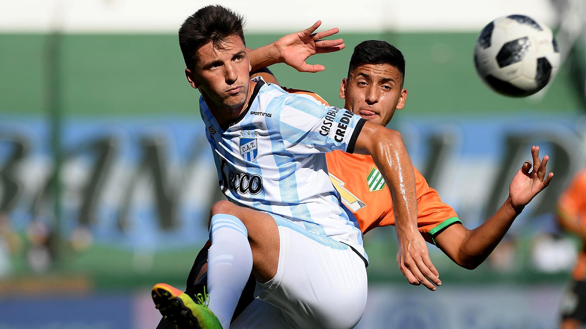 Atlético Tucumán empató sin goles en su visita a un Banfield alternativo -  Infobae