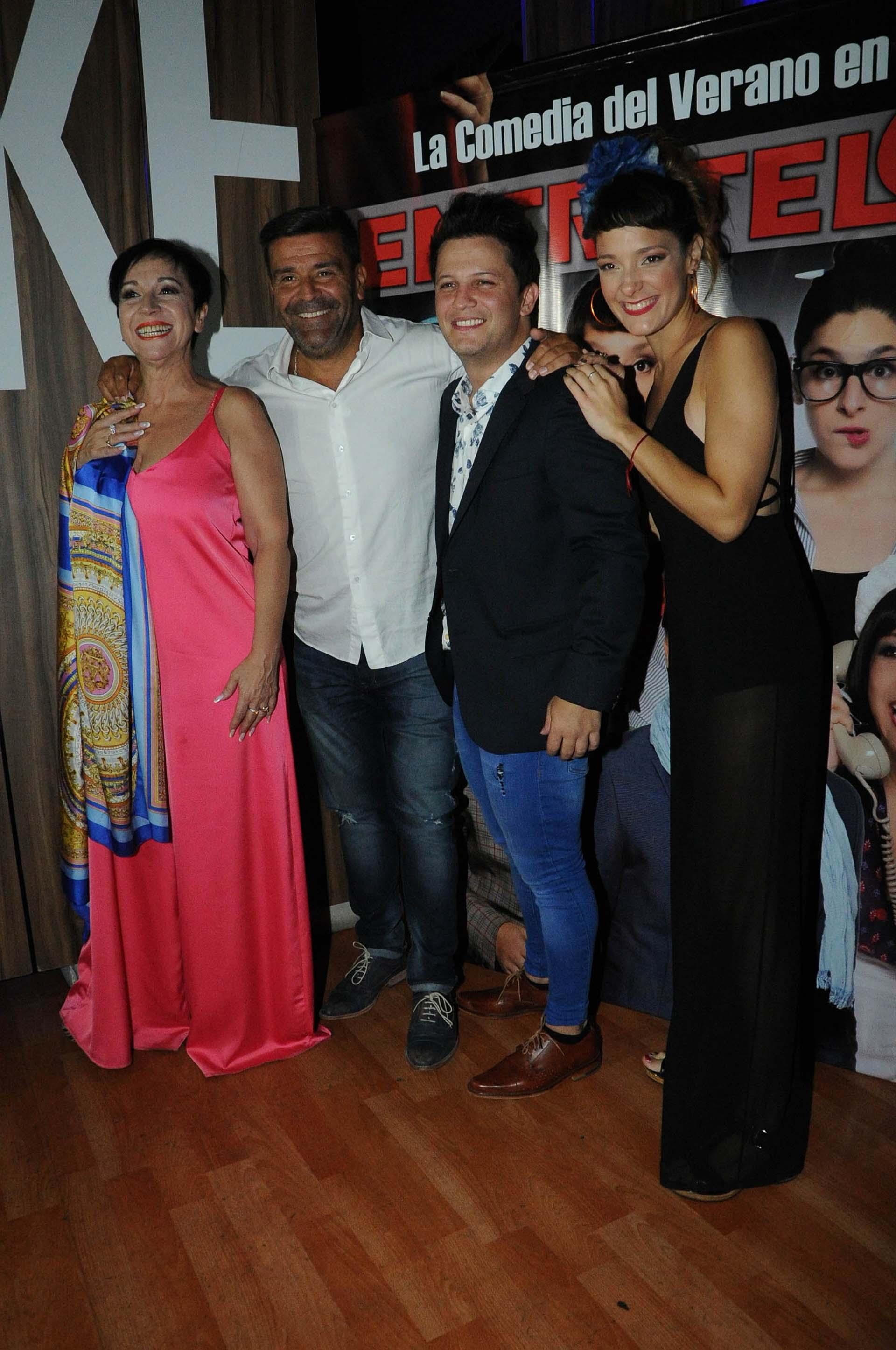 Ana Acosta, Chiqui Abecasis y Sabrina Artaza, compañeros de elenco de Darío Lopilato (Verónica Guerman / Teleshow)