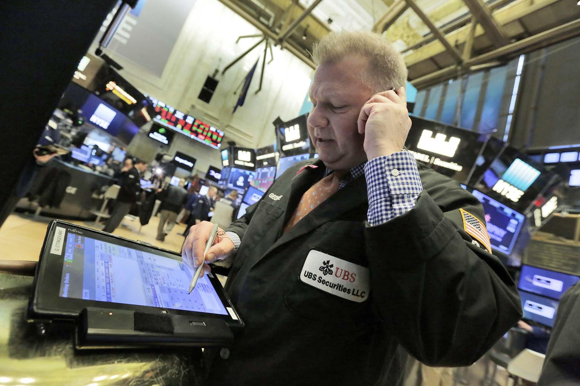 El Dow Jones cae un 4.62 % al cierre de Wall Street