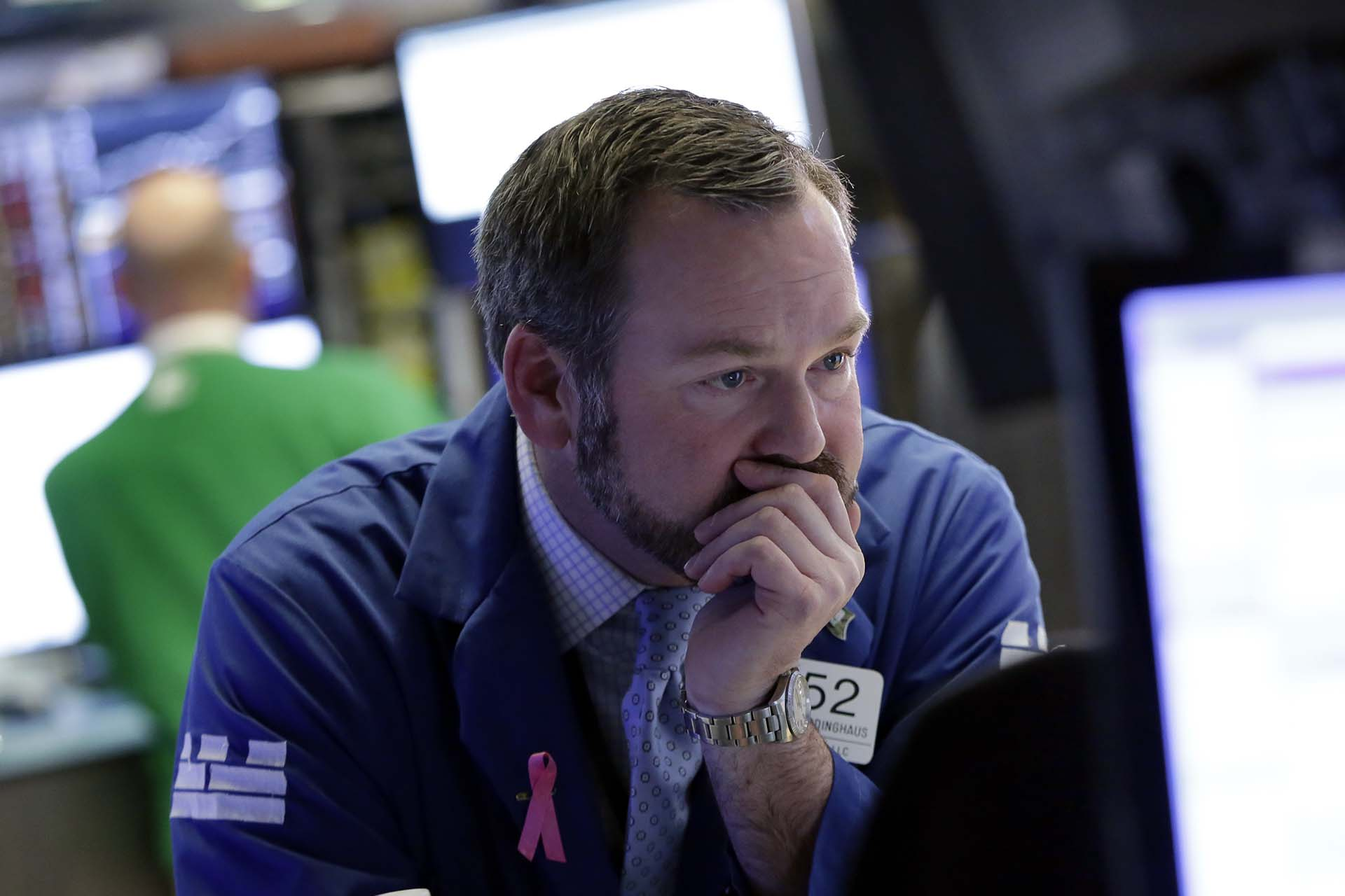 Trump culpa a la prensa por .¡la caída de Wall Street !