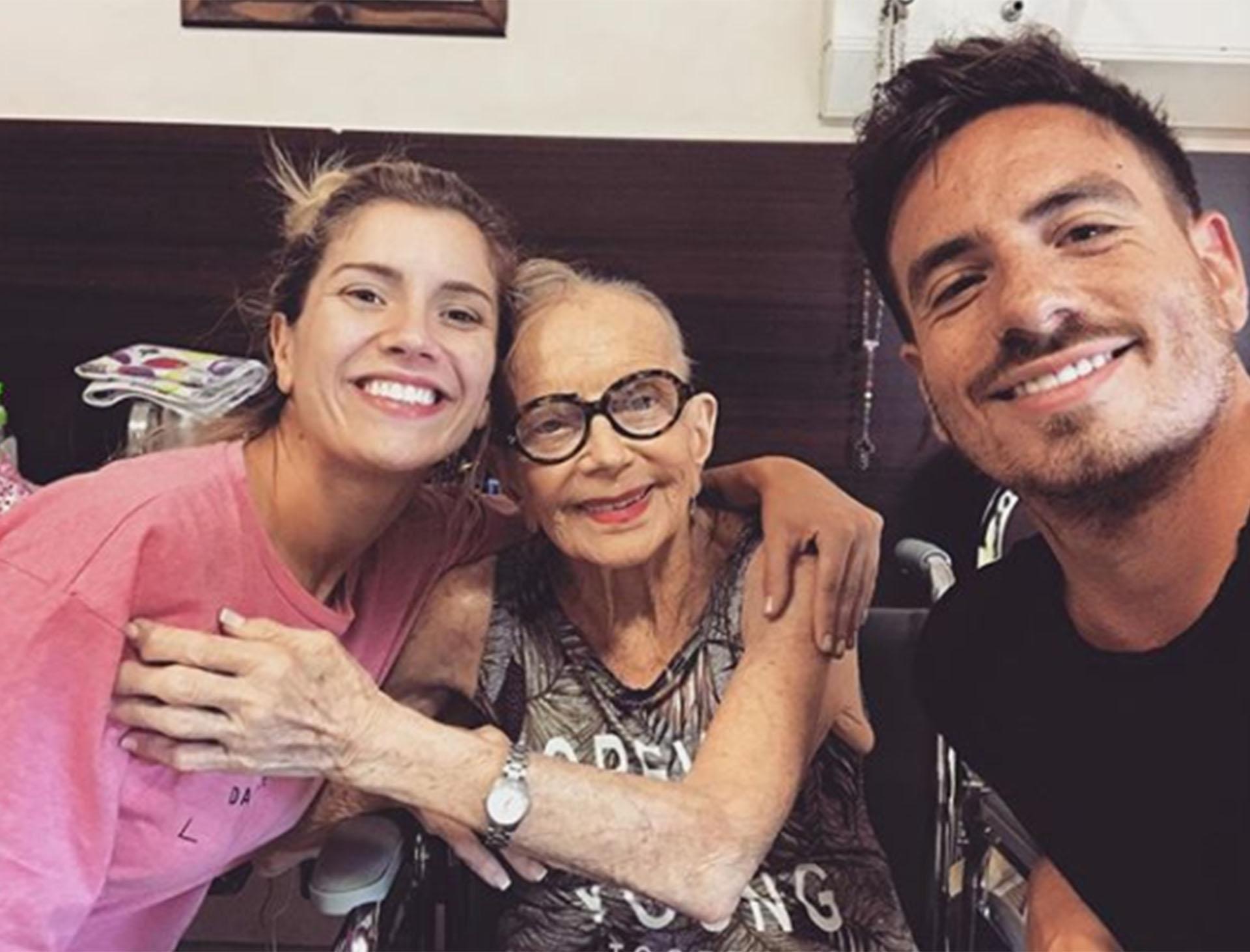 Una de las últimas fotos de Ana: el día que conoció a Laurita, quien la visitó junto a Fede en el hospital (Foto: Instagram)