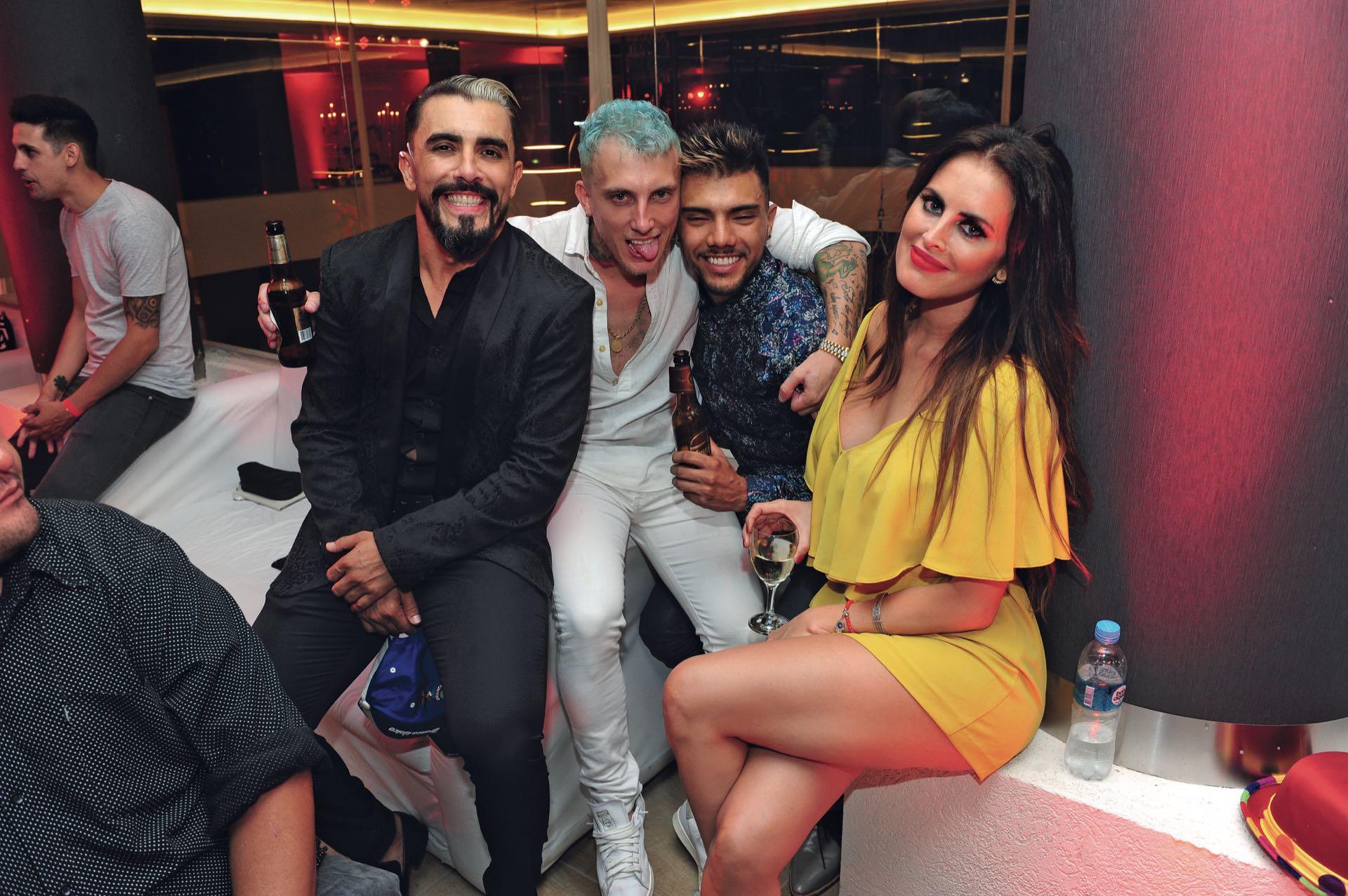 Amigos: Fernando Bertona, El Polaco, Tyago Griffo y Silvina Luna. (Foto GENTE)