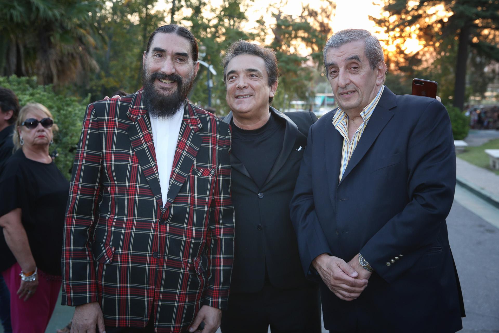 Hugo Varela, Nito Artaza y El Negro Álvez son Tresmendos