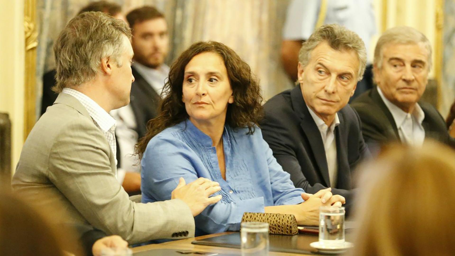 Mauricio Macri junto a Gabriela Michetti, Oscar Aguad y Fernando De Andreis