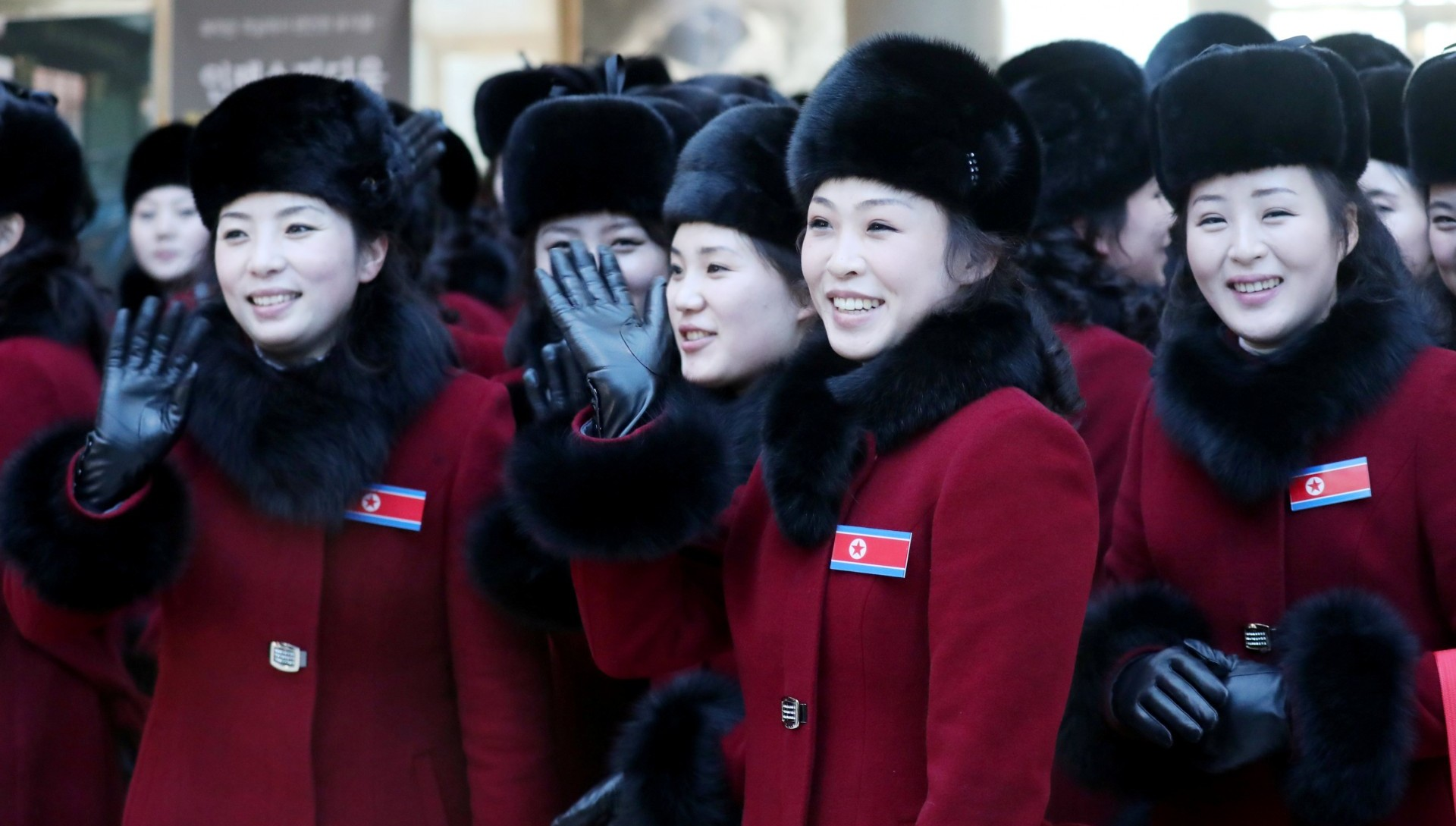 """Miembros del """"escuadrón de bellezas"""" que Corea del norte envió a los Juegos Olímpicos de PyeongChang(Reuters)"""